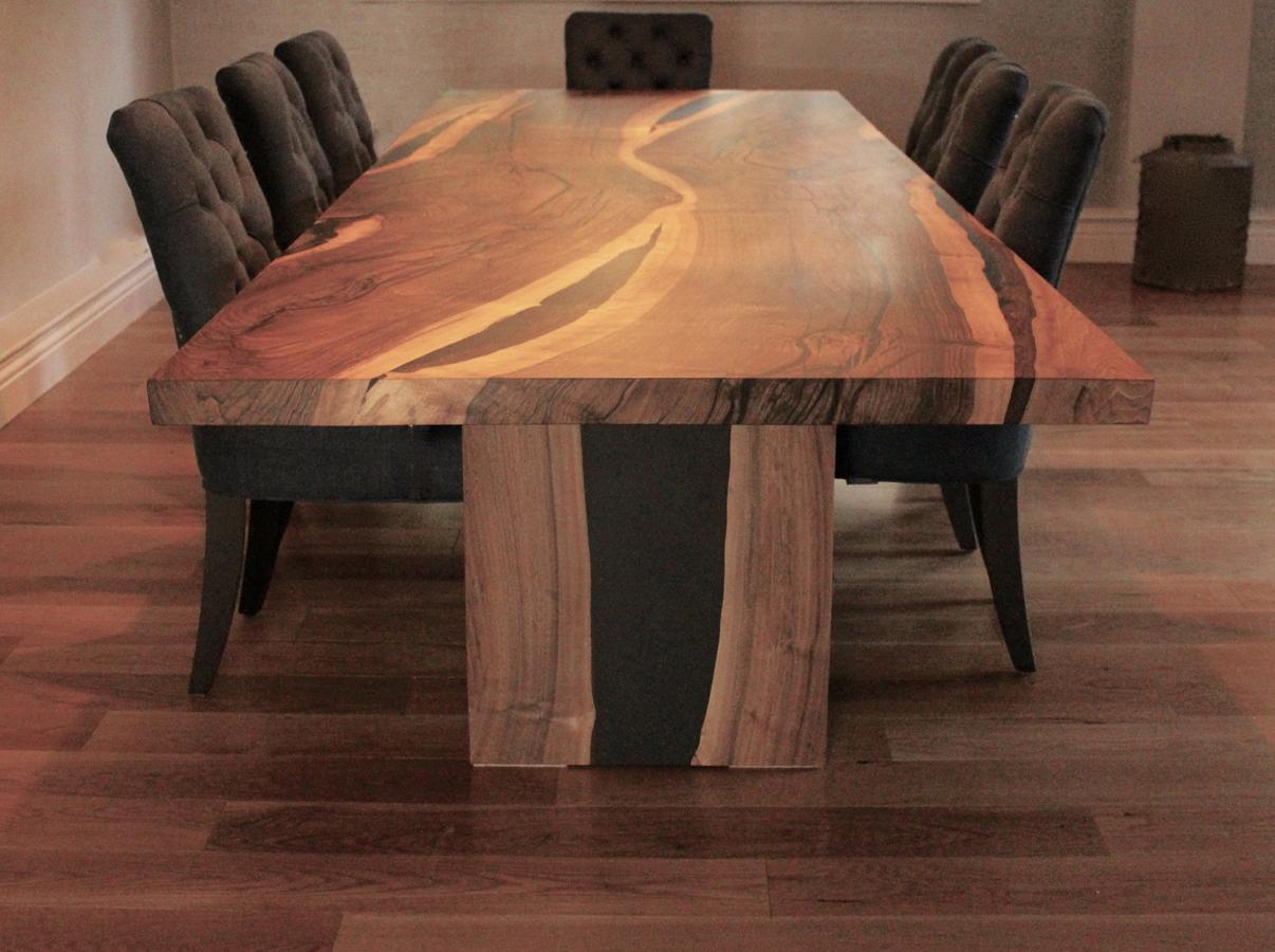 26Dyson-salvaged-English-walnut-table_1.jpg