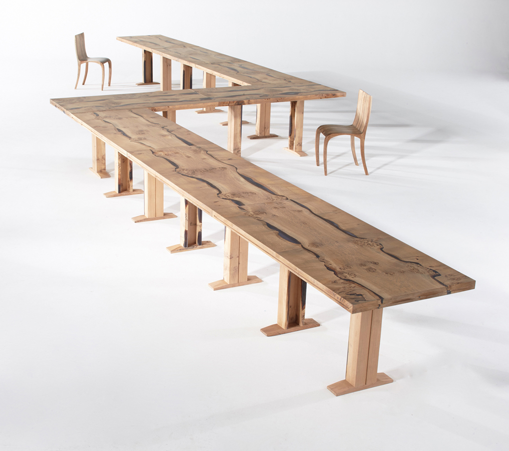 25Conference-table-in-English-oak_1.jpg