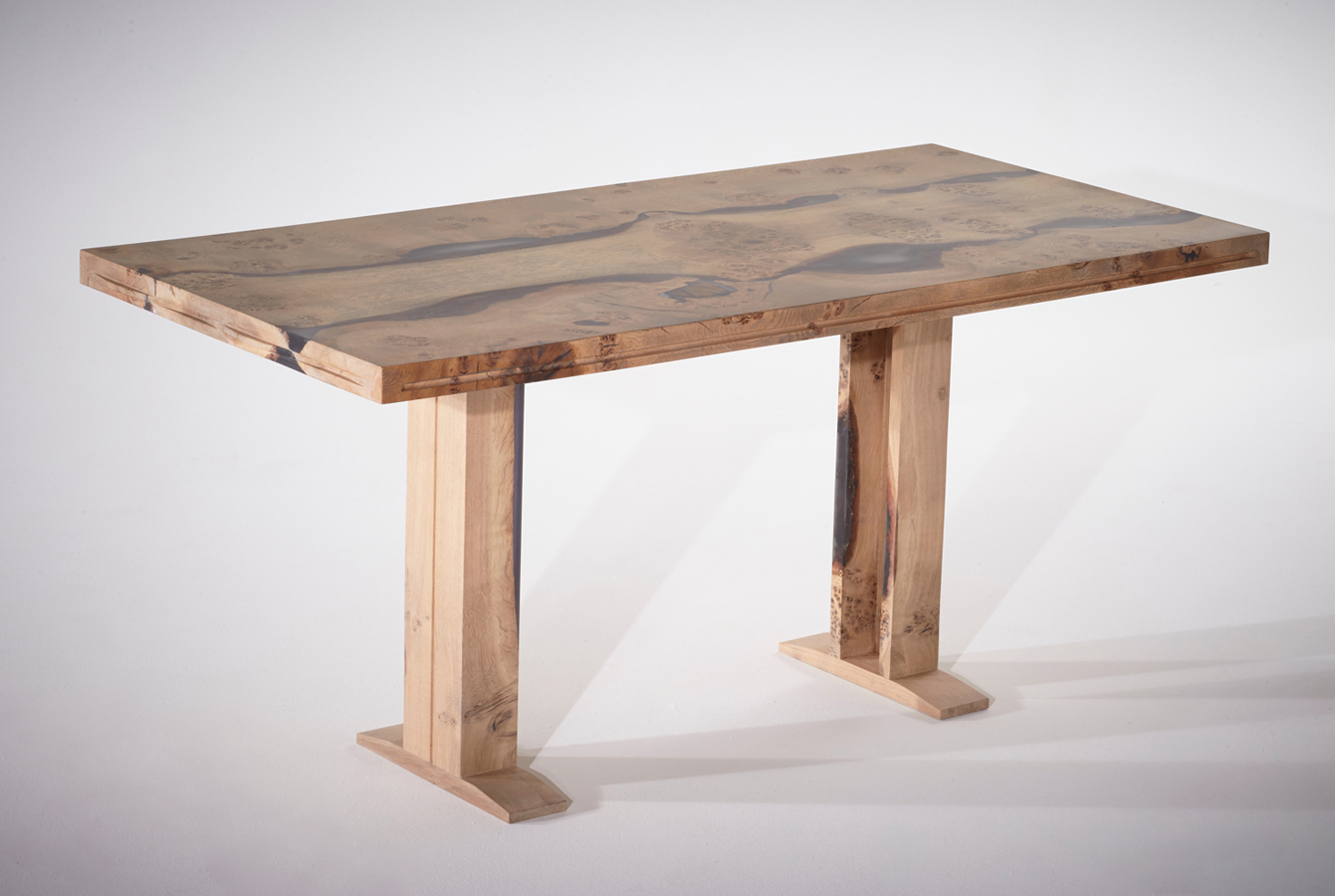 25Conference-table-in-English-oak_4.jpg