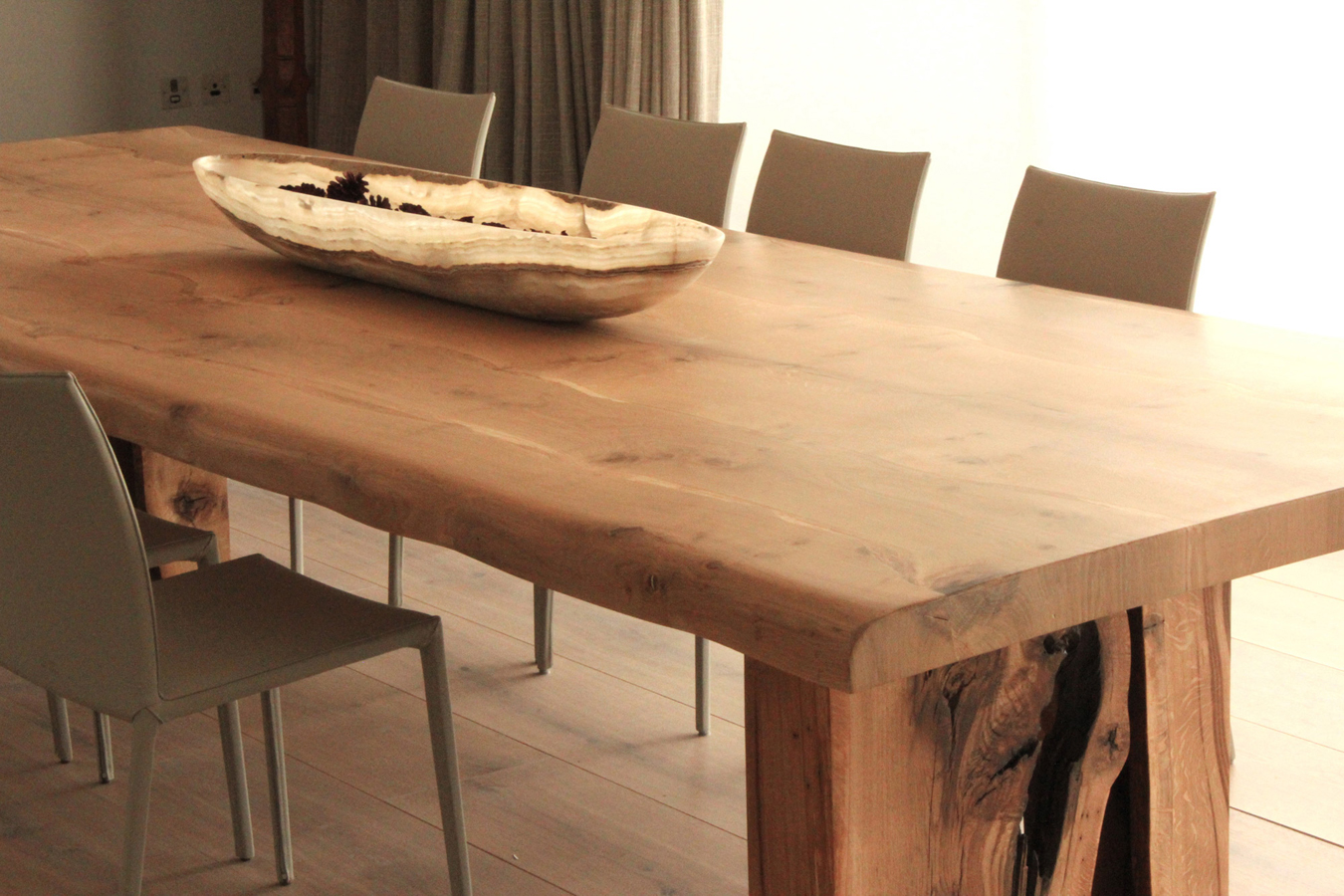 20-Oak-dinning-table-for-FJ_2.jpg