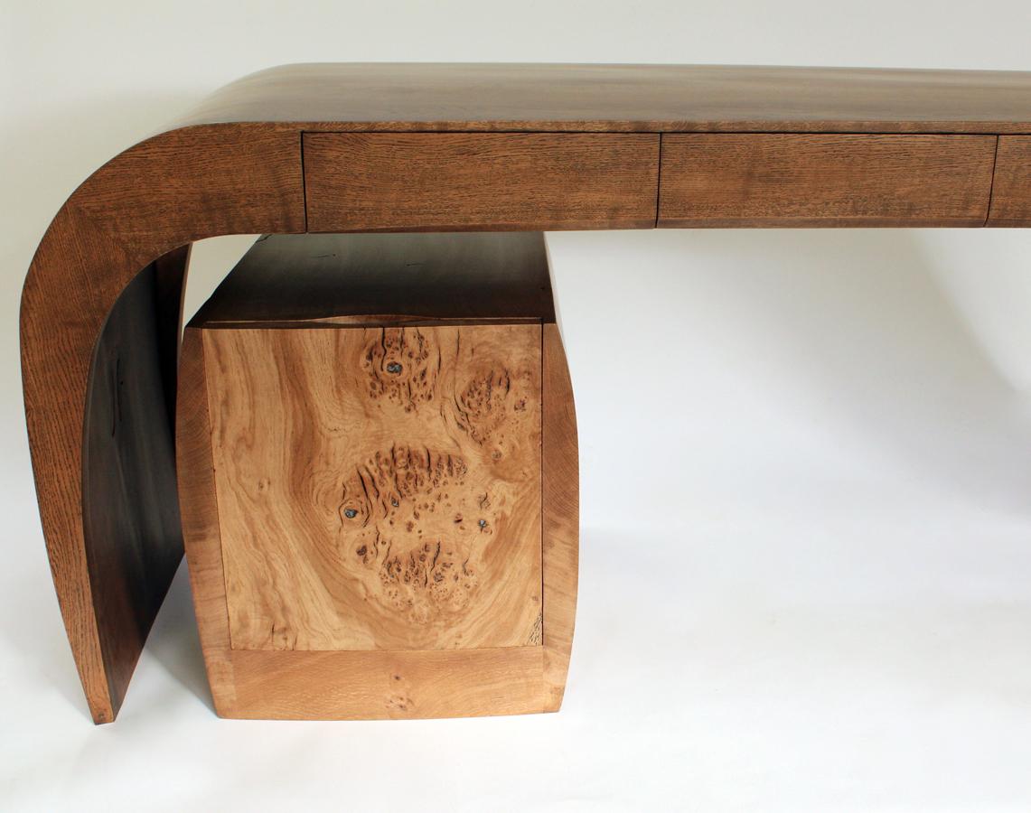 8Caliper-Desk-and-Chair_2.jpg