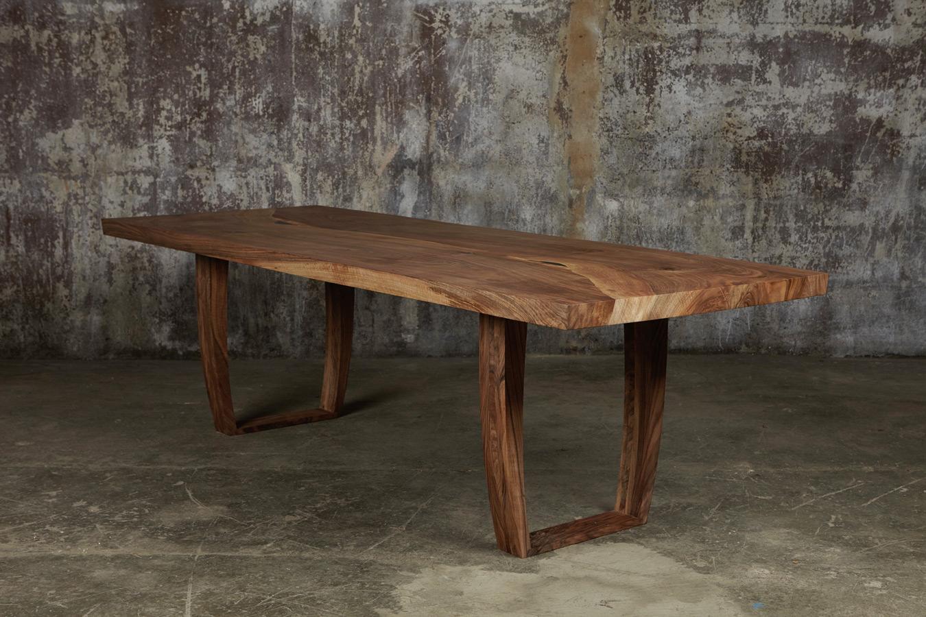 31_Dining-table-in-English-walnut_1.jpg