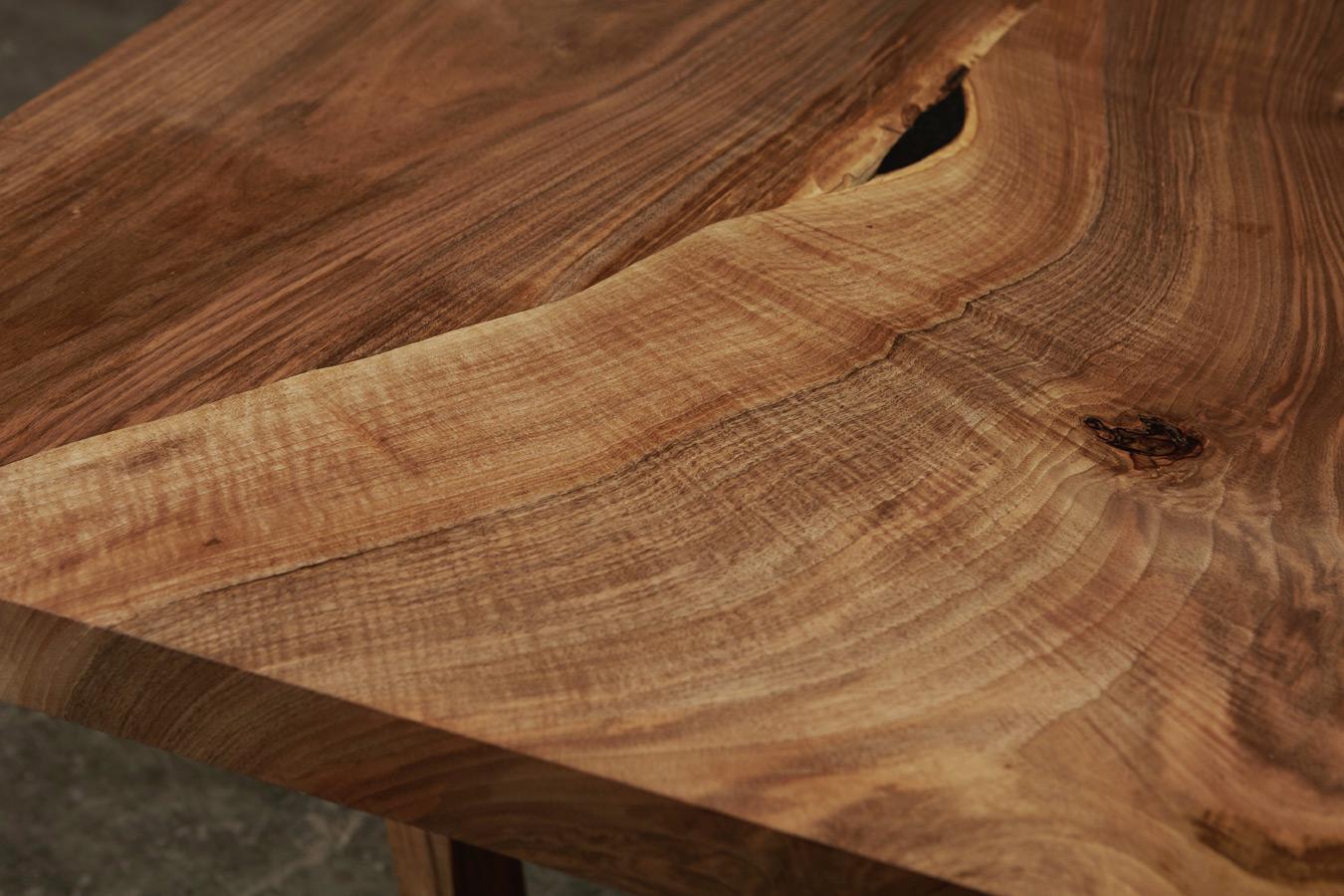 31_Dining-table-in-English-walnut_4.jpg