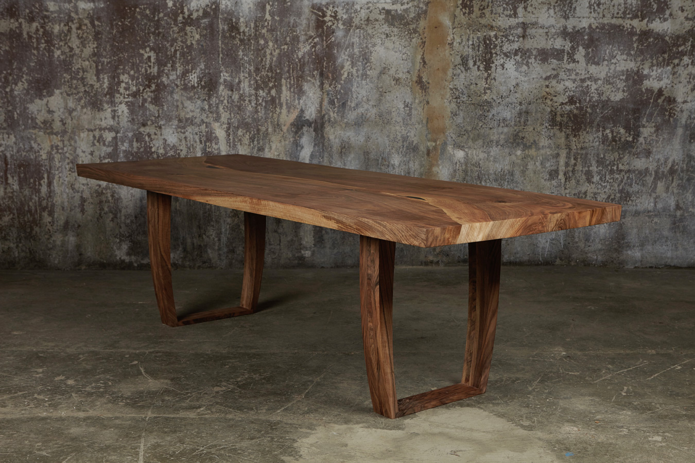 Tables in English salvaged oak, English salvaged yew, Burr