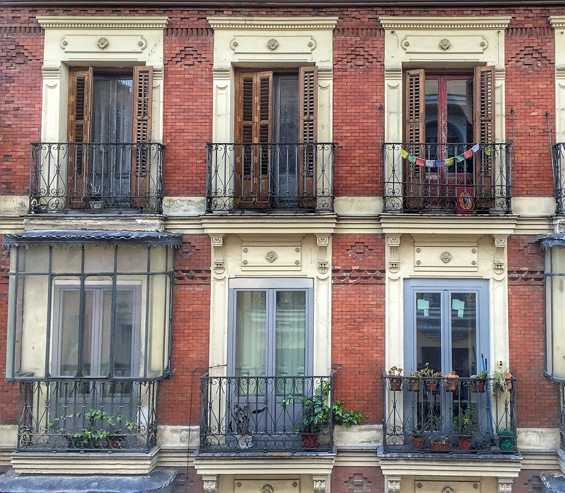 Madrid - Poetry in brick, stone and wood