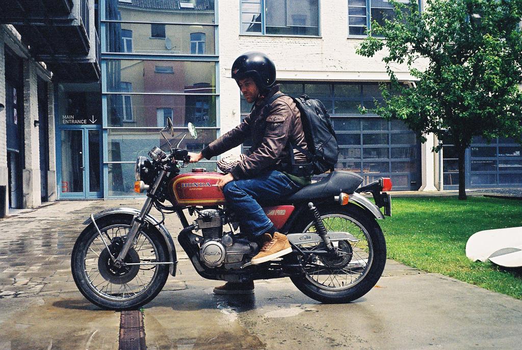 Henri_bike.jpg