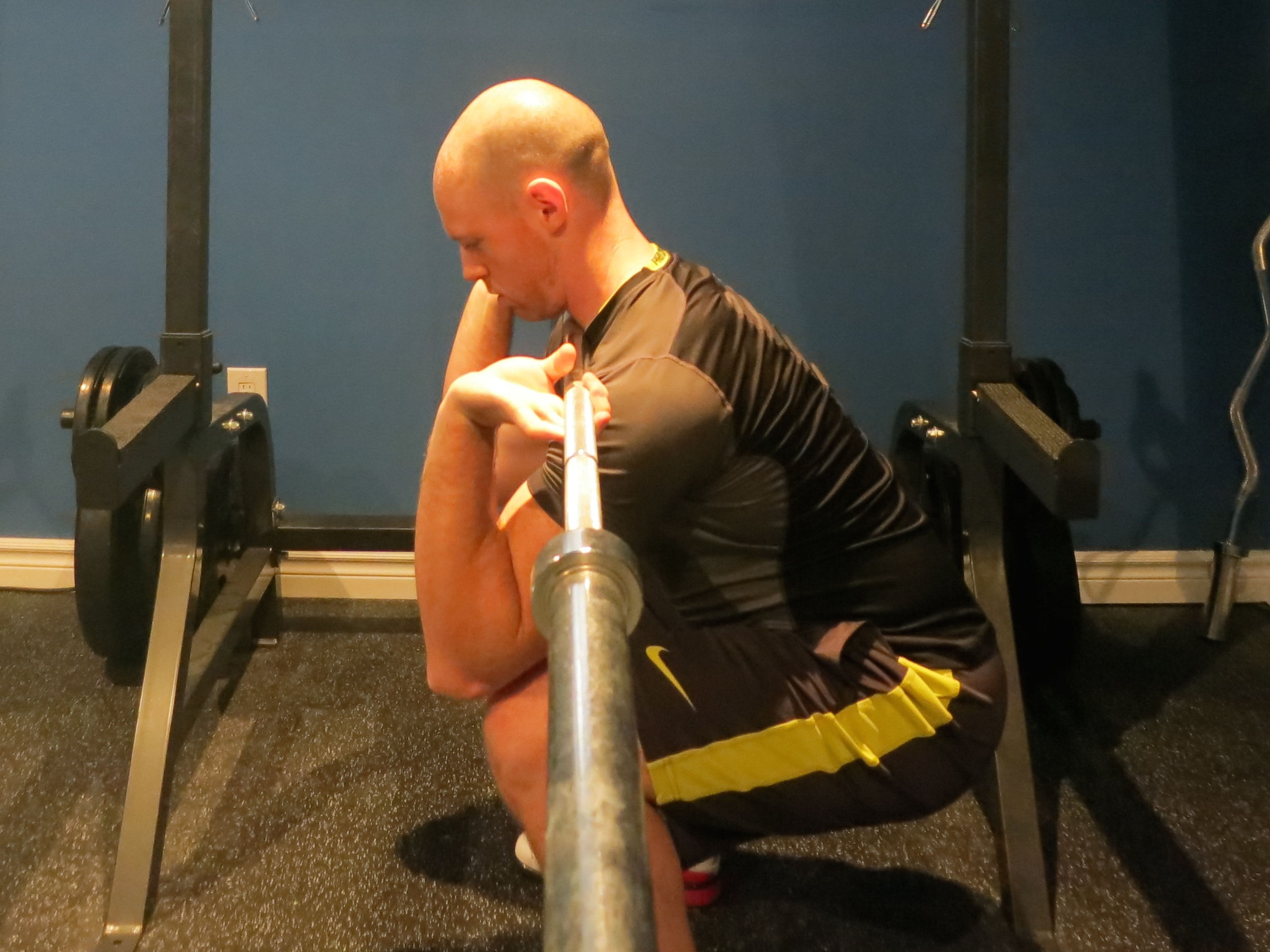 Elbows dropping too far during front squat