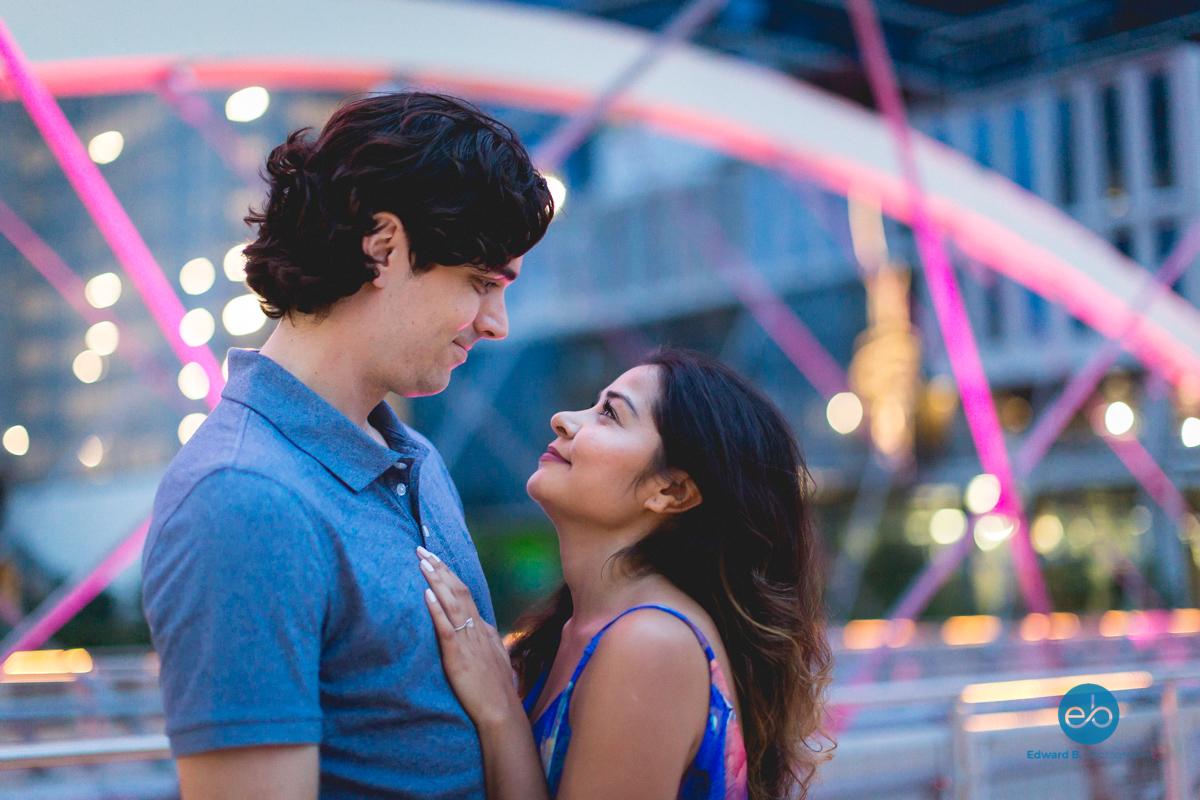 austin-texas-engagement-portrait-couple-10.jpg