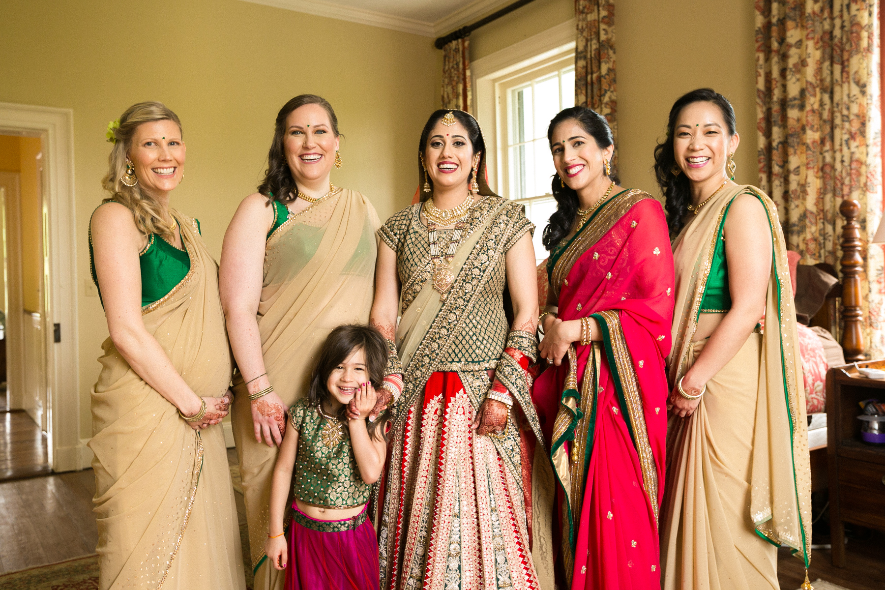 indian-south-asian-wedding-getting-ready-details-18.jpg