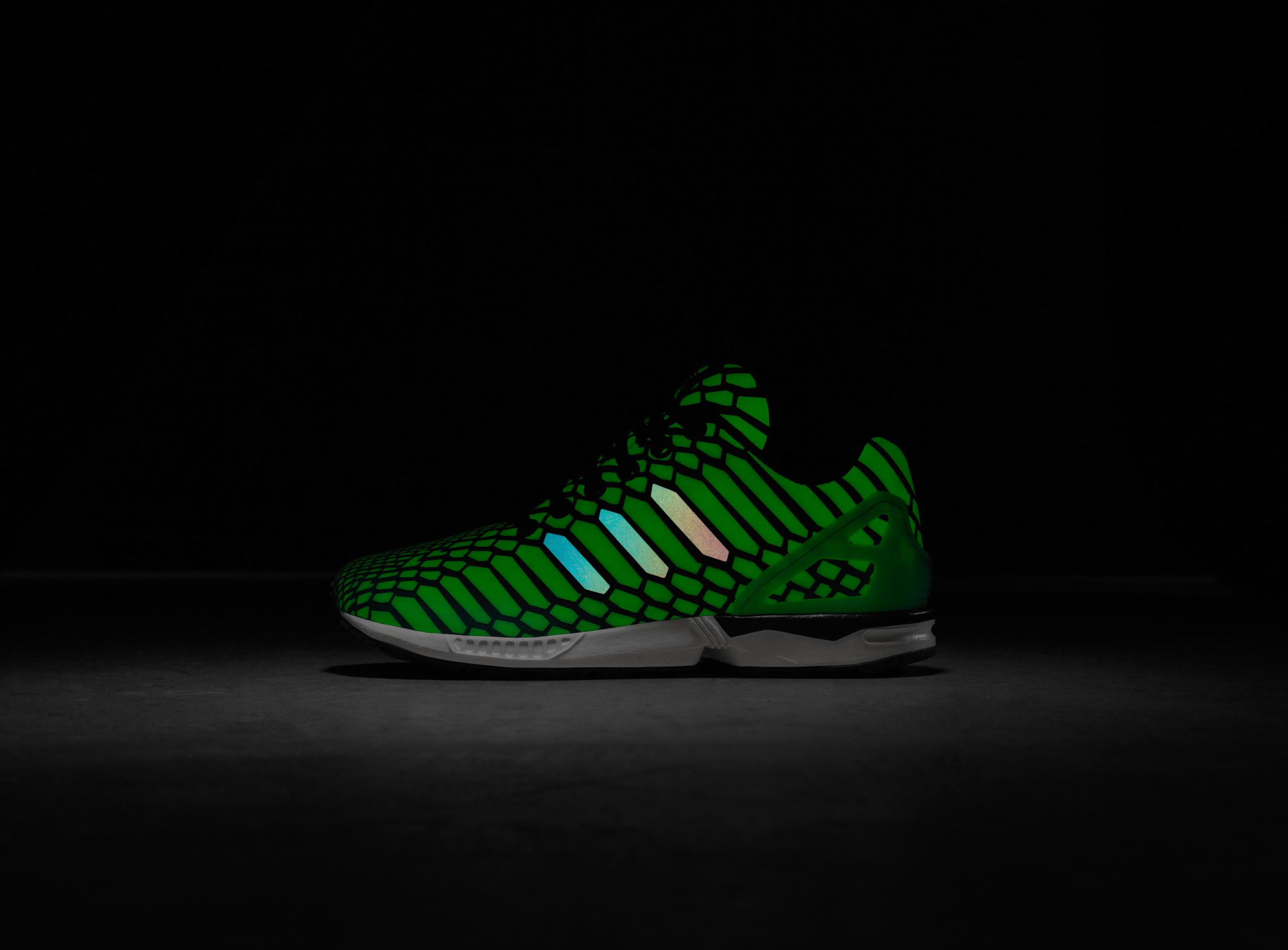 adidas_Xeno_Borealis_Kids_PR_Glow.jpg