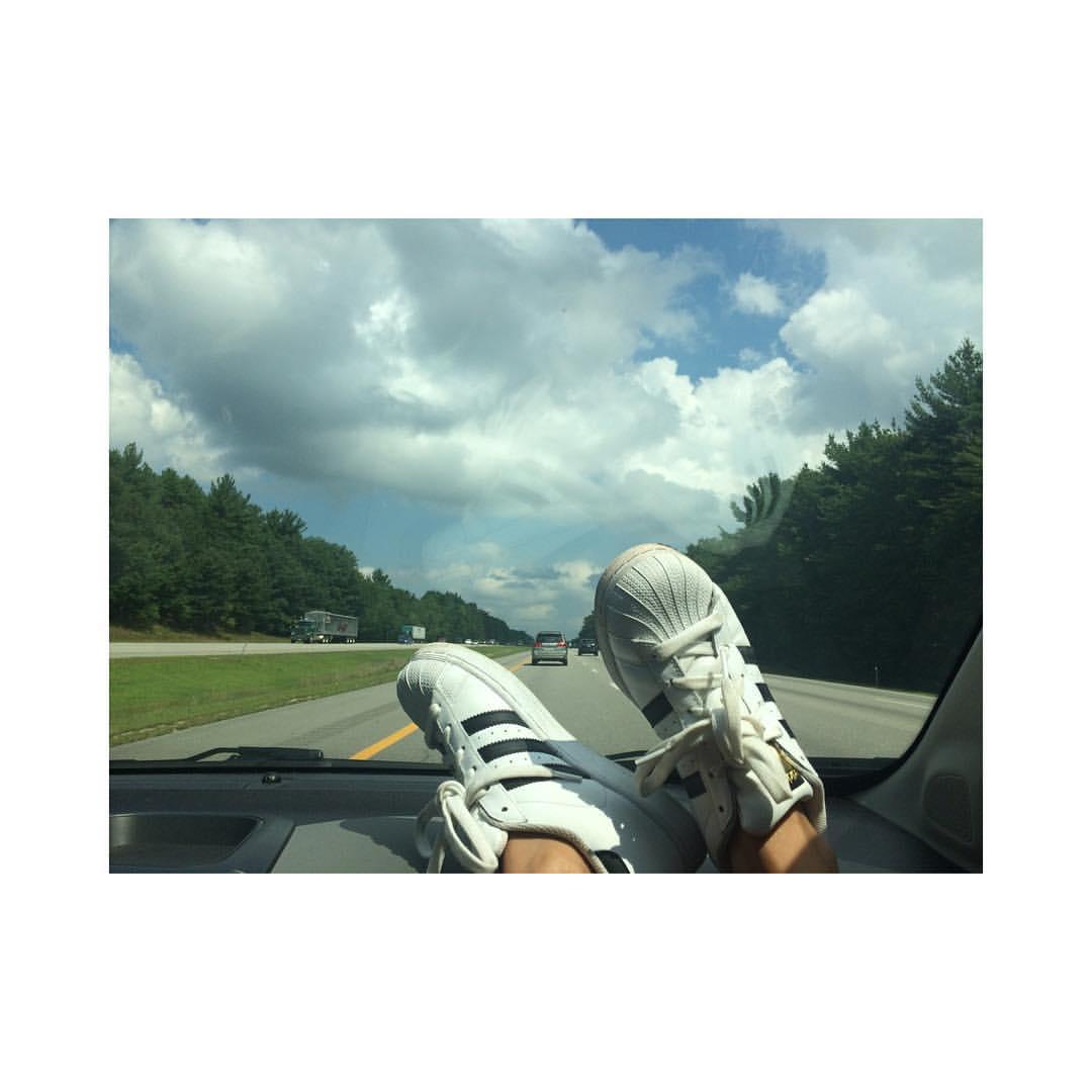 Maine Bound #adidas #sunshine #summertime #ontheroadagain #afterlight  (at Maine State Line)