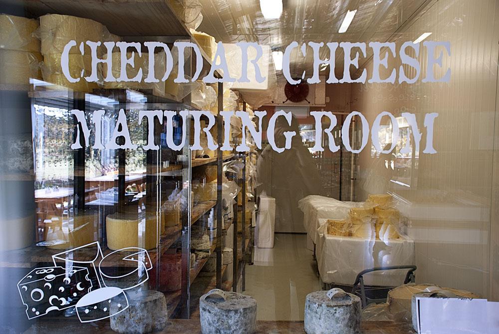 cheeseroom_small.jpg