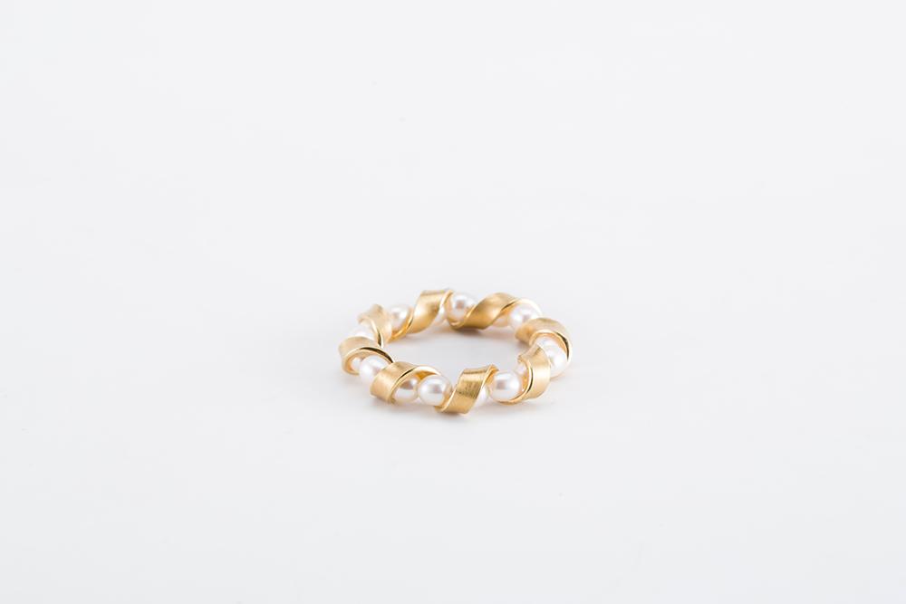 Belinda-Chang-Ribbon-Ring.jpg