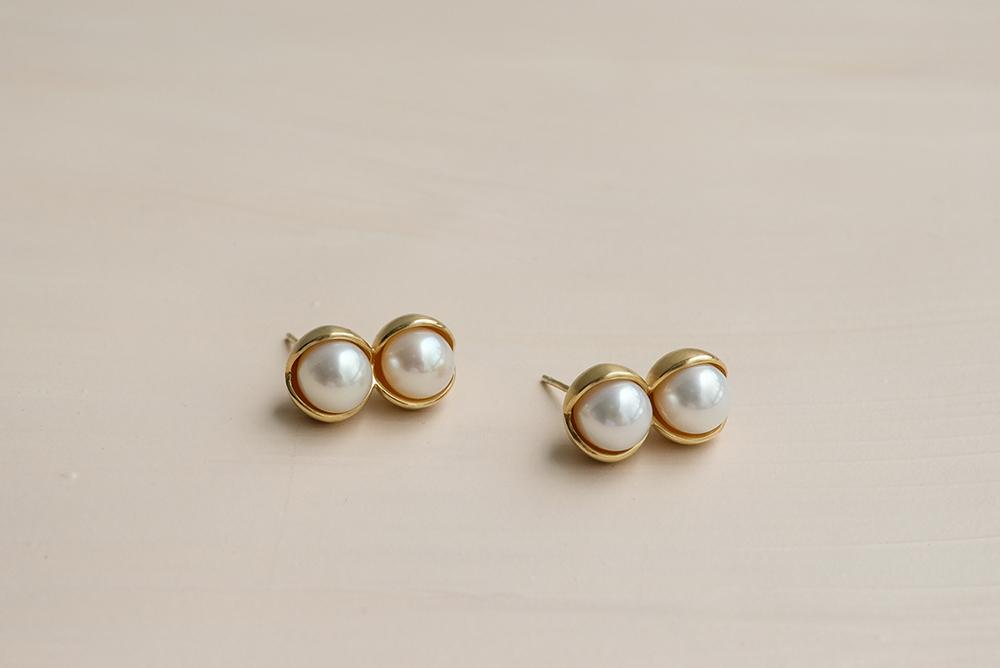 Fruity double pearl earrings