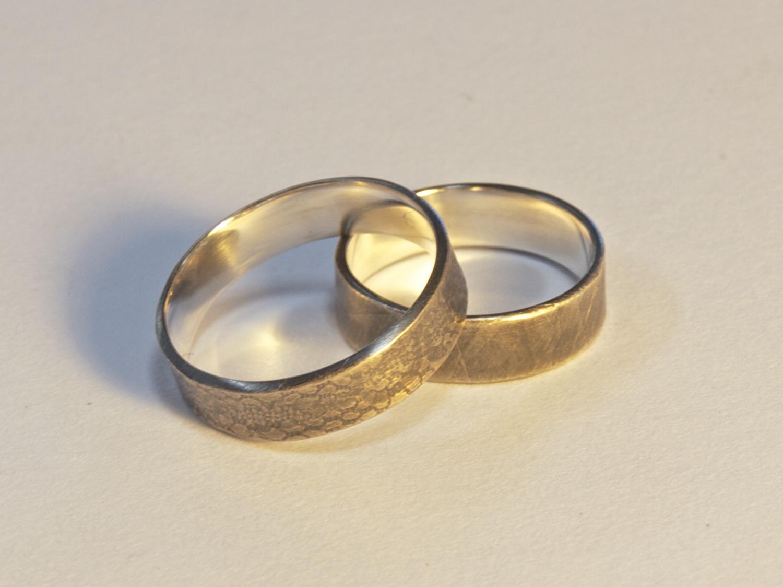 Patterned ring 1.jpg