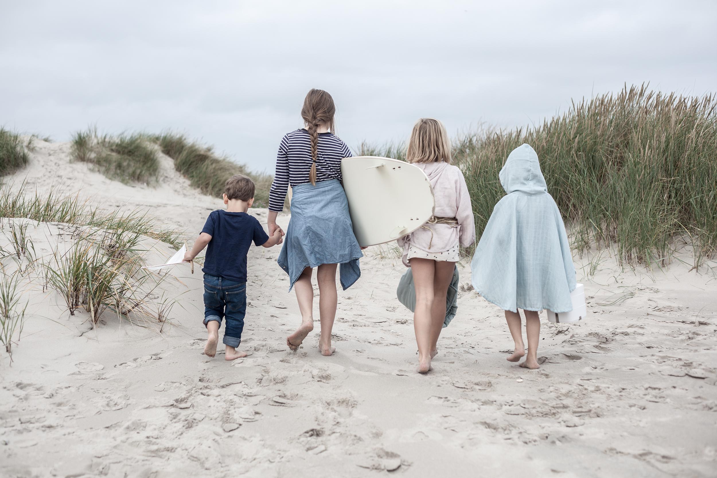 Fabelab beach kids back.jpg