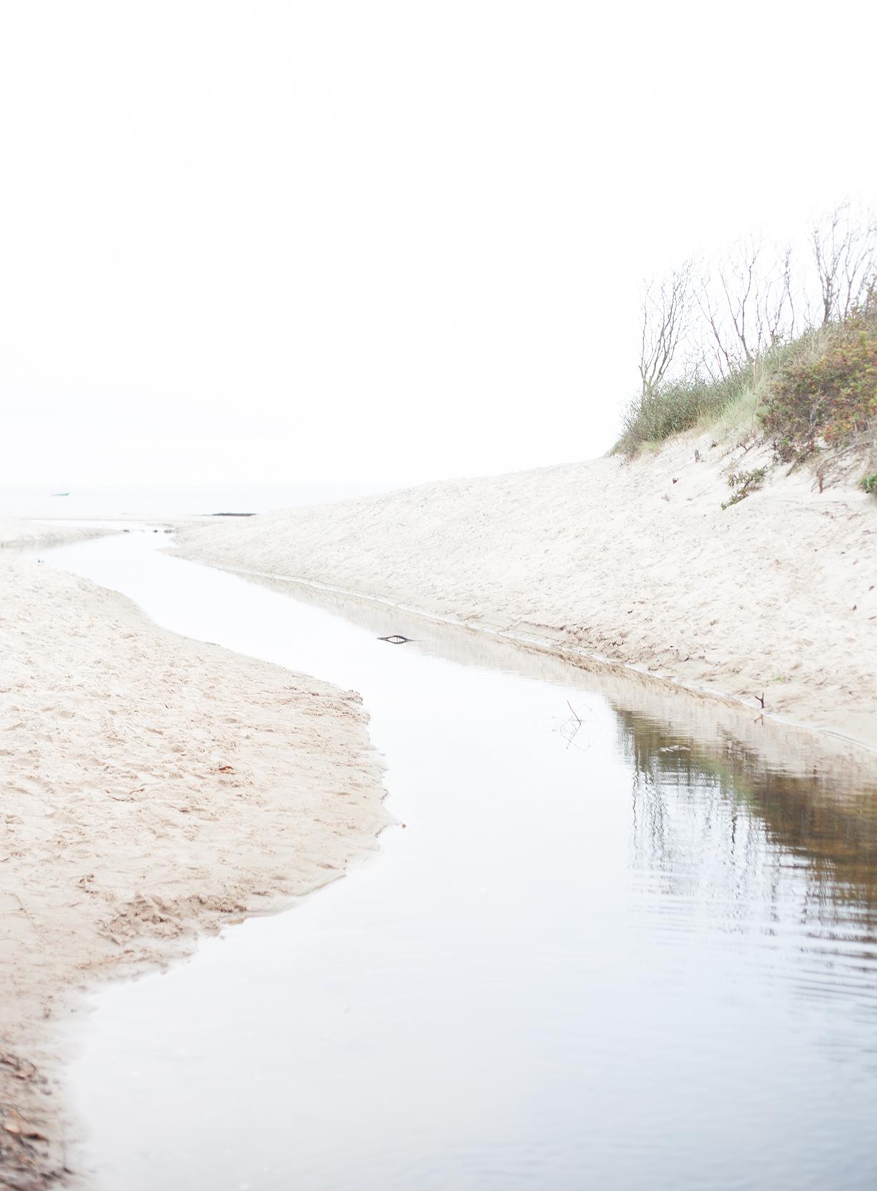 Fabelab beach river.jpg