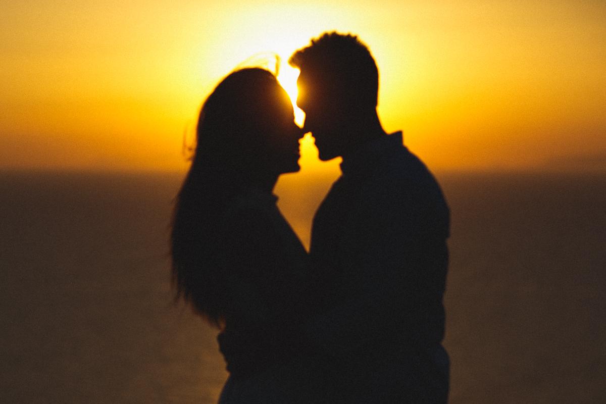 Honeymoon photoshoot, encore photos, Greece, destination photographer, stunning couples photography