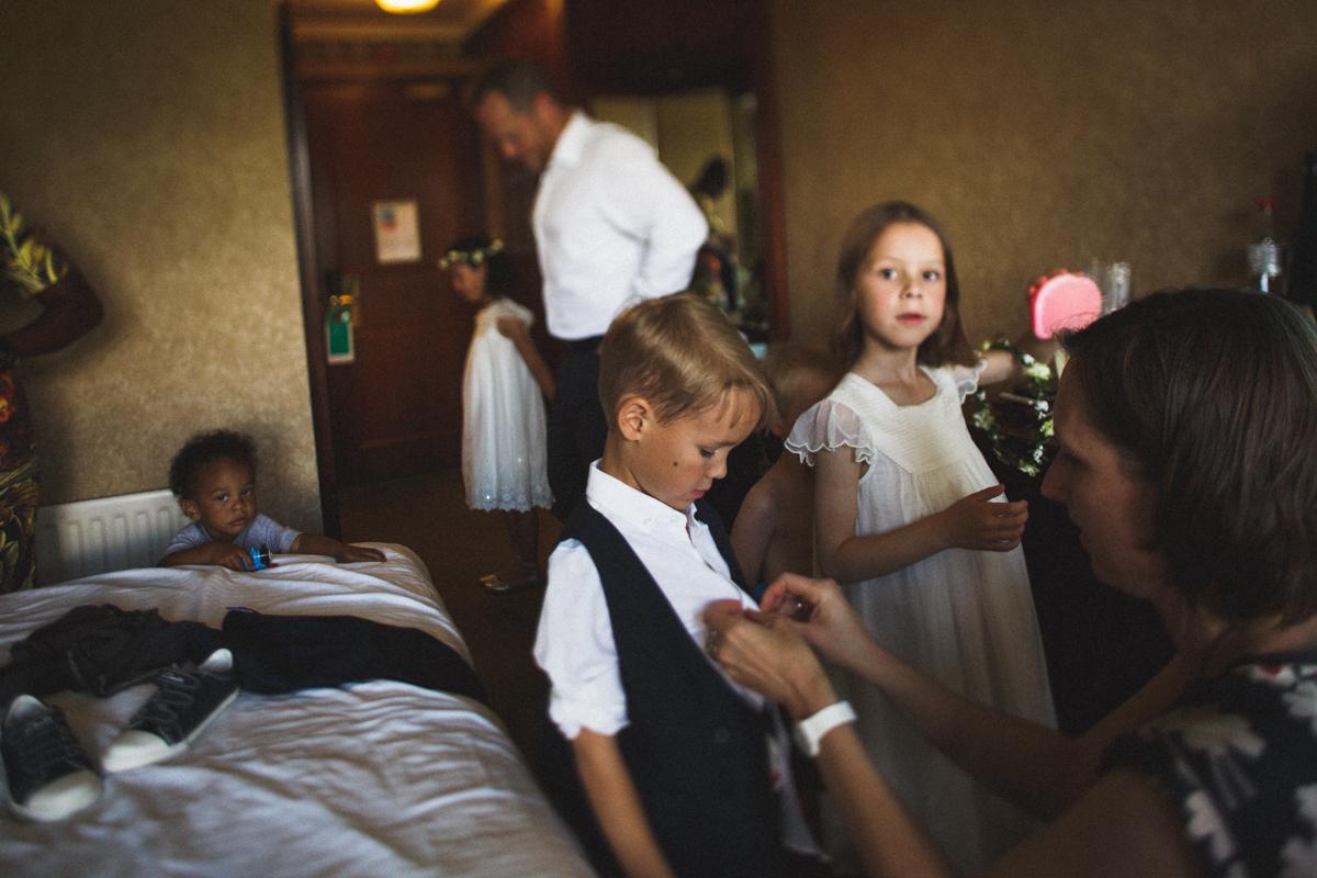 kid friendly wedding, getting ready, candid wedding photography