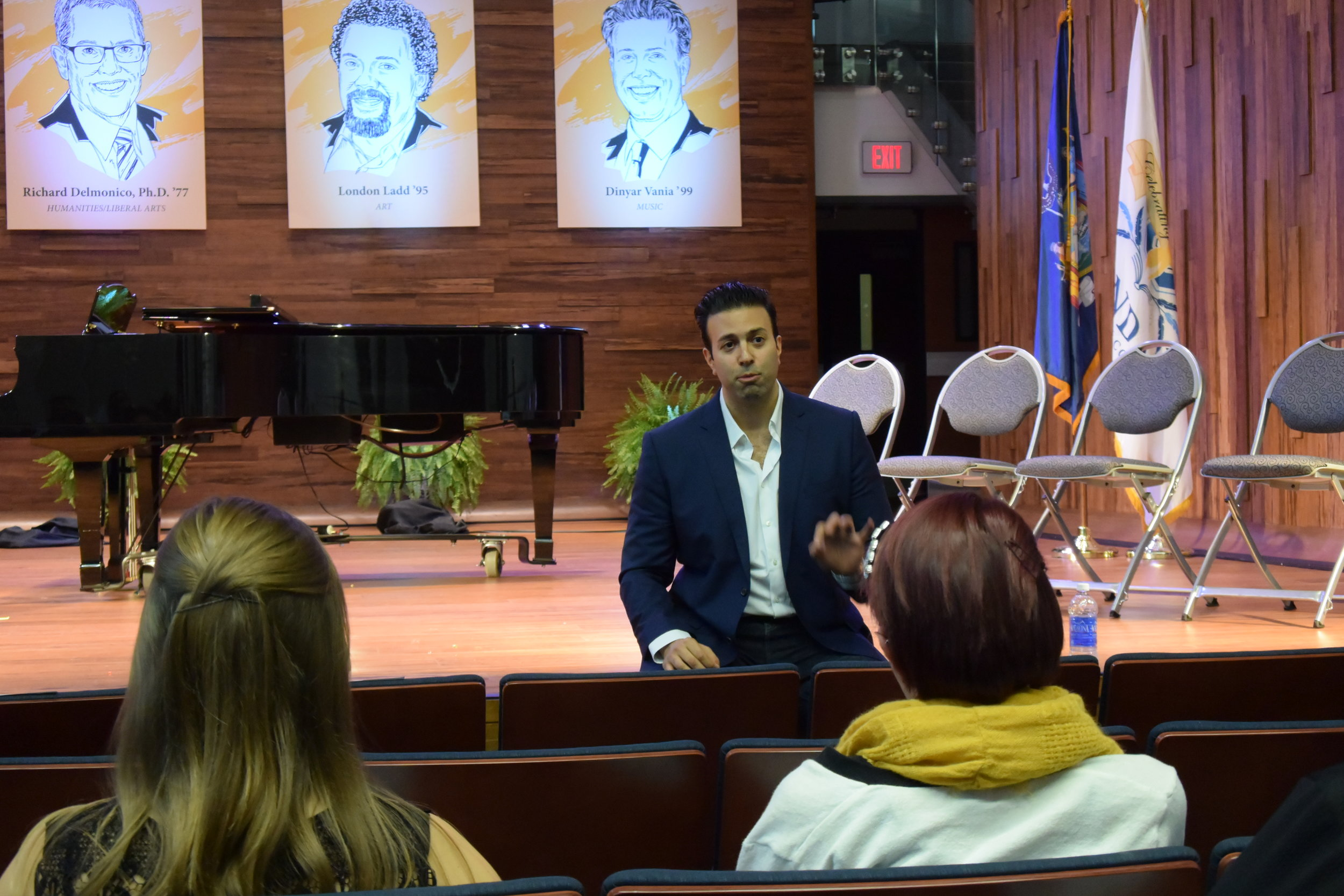 Speaking to students before his Masterclass in Recital Hall