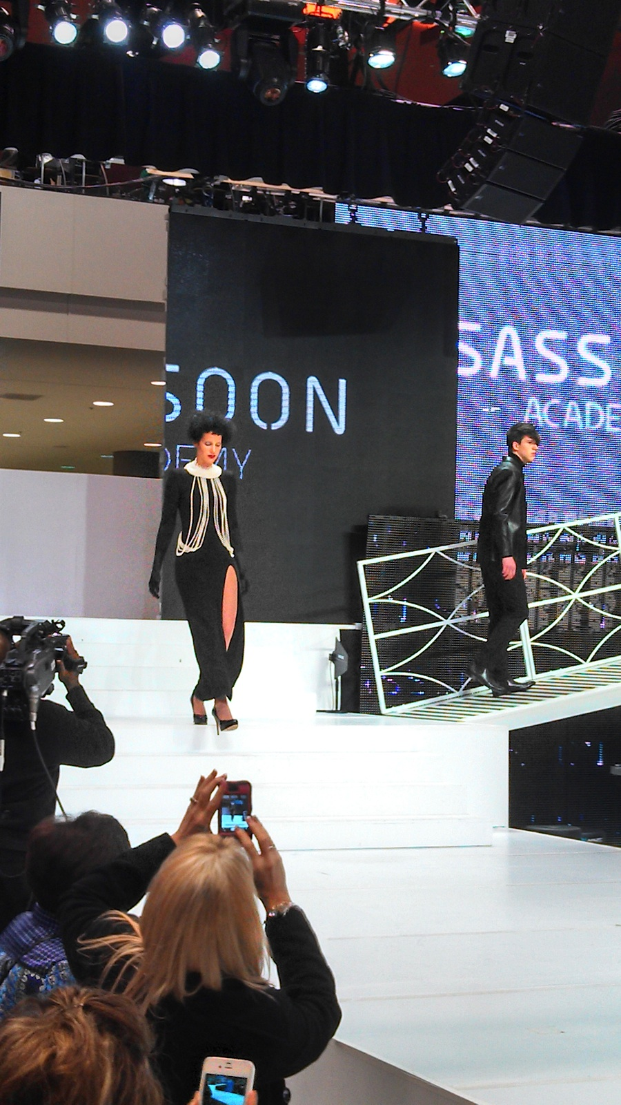 This is the Vidal Sassoon Academy runway. There so much going on, I was sure where to look! Kind of crazy hair cuts and colors, but always fun to watch!2.jpg