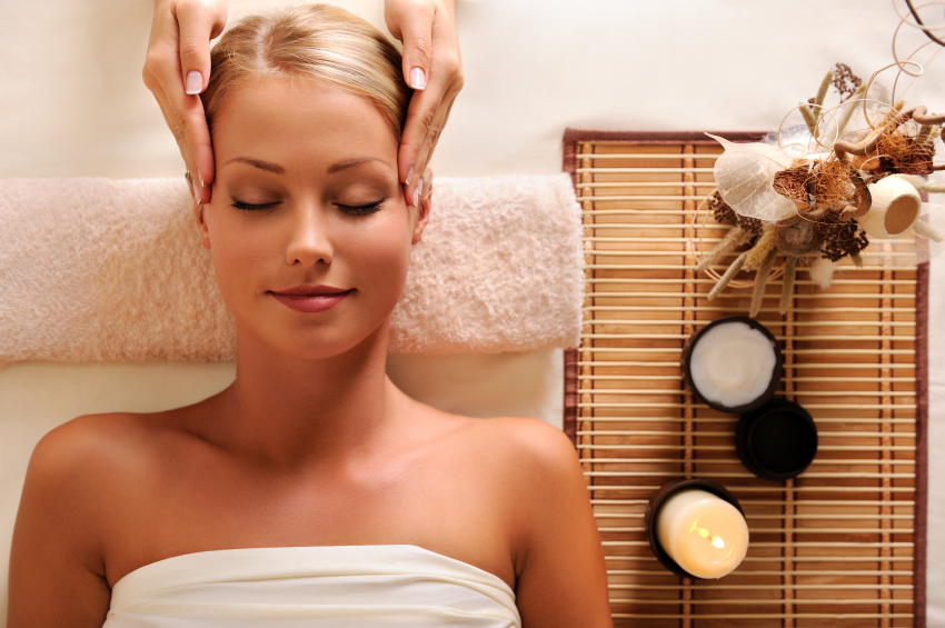Choose a massage therapist with a consistent, happy clientele