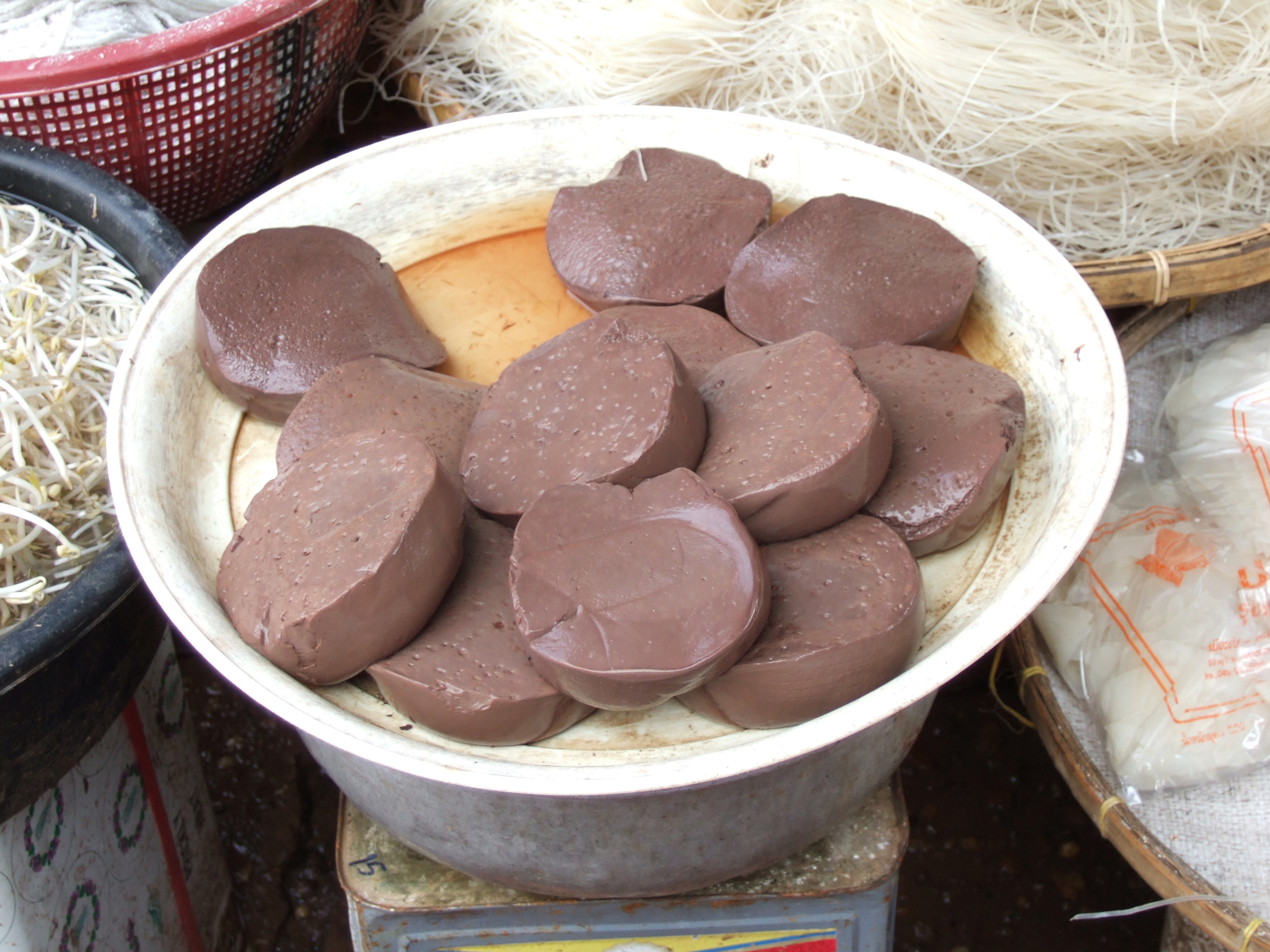 Leu-at (blood pudding).JPG