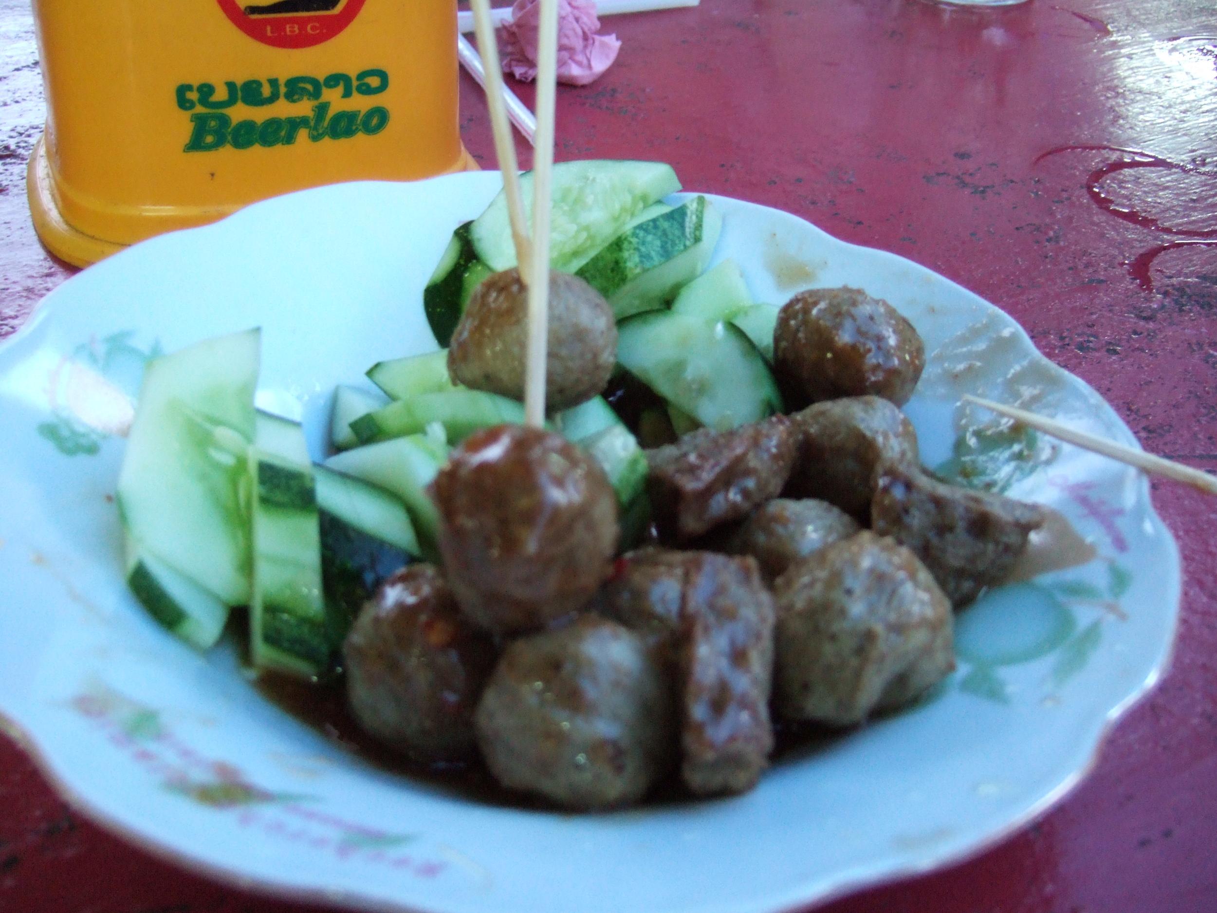 Luk sin (meat balls).JPG