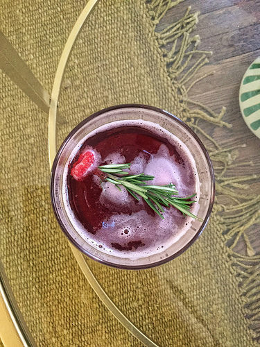 thanksgiving 2017 raspberry and currant cocktail.jpeg