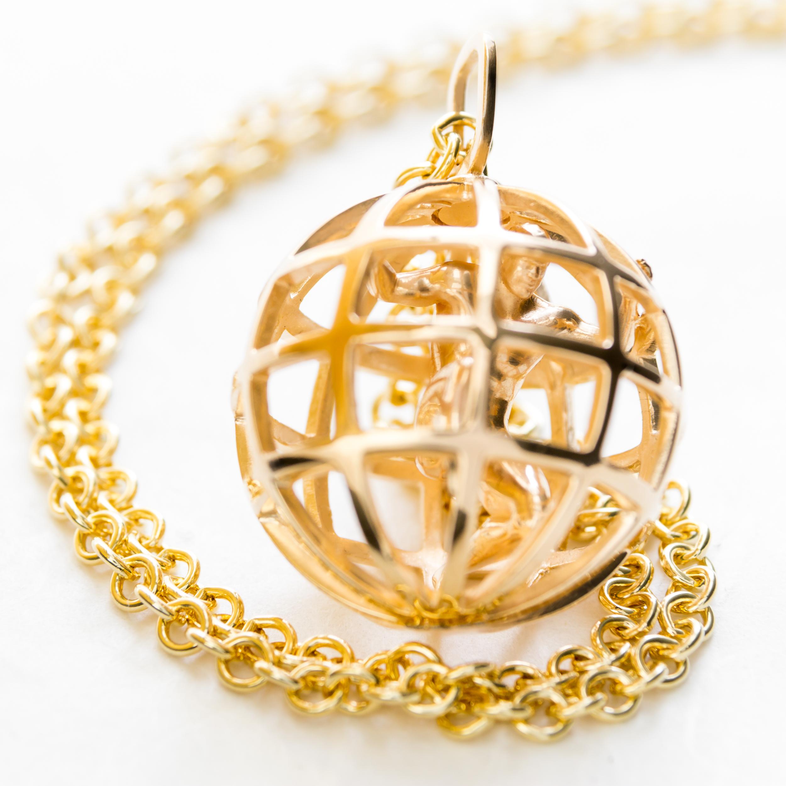SOO_Atlas_Gold_Chain_Detail.jpg