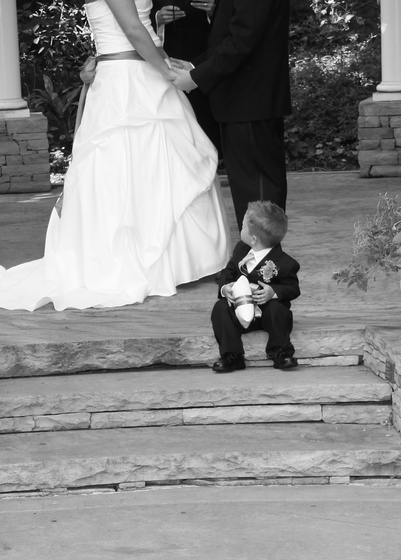 Bountiful outdoor wedding photography