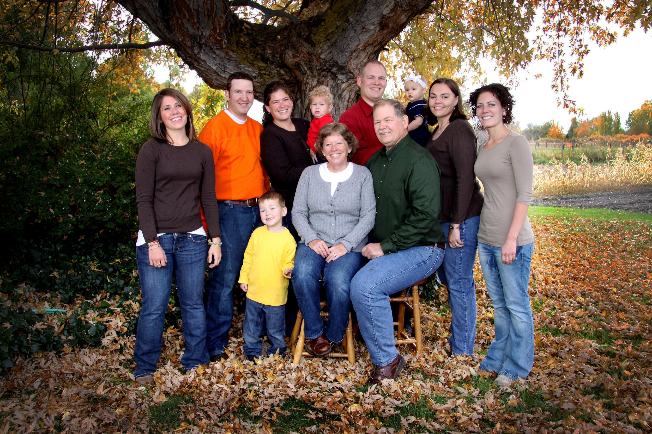 Bountiful Portrait studio Photography, Family Portrait in West Bountiful Utah