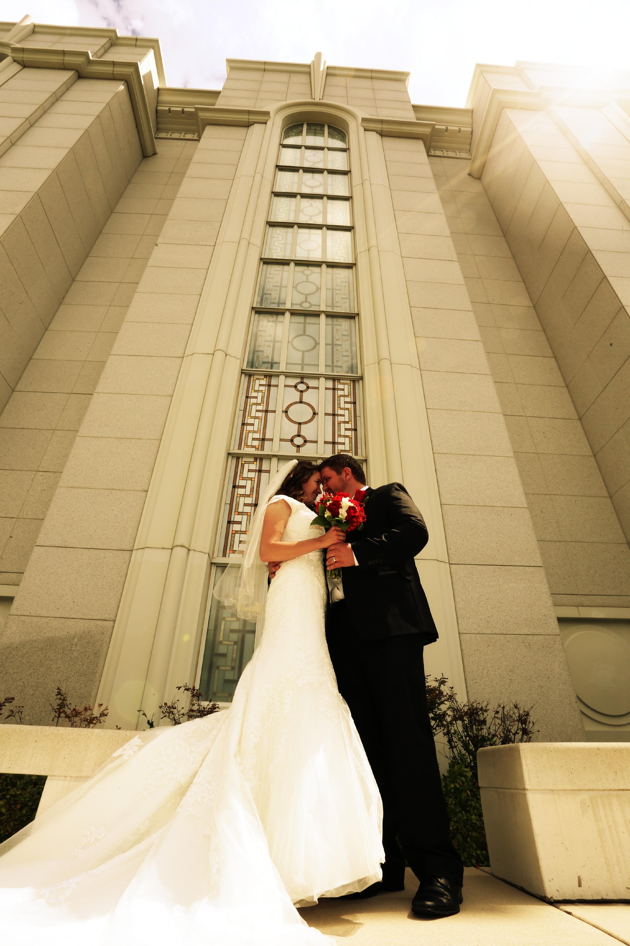 Bountiful wedding photography located in Davis Count Utah.
