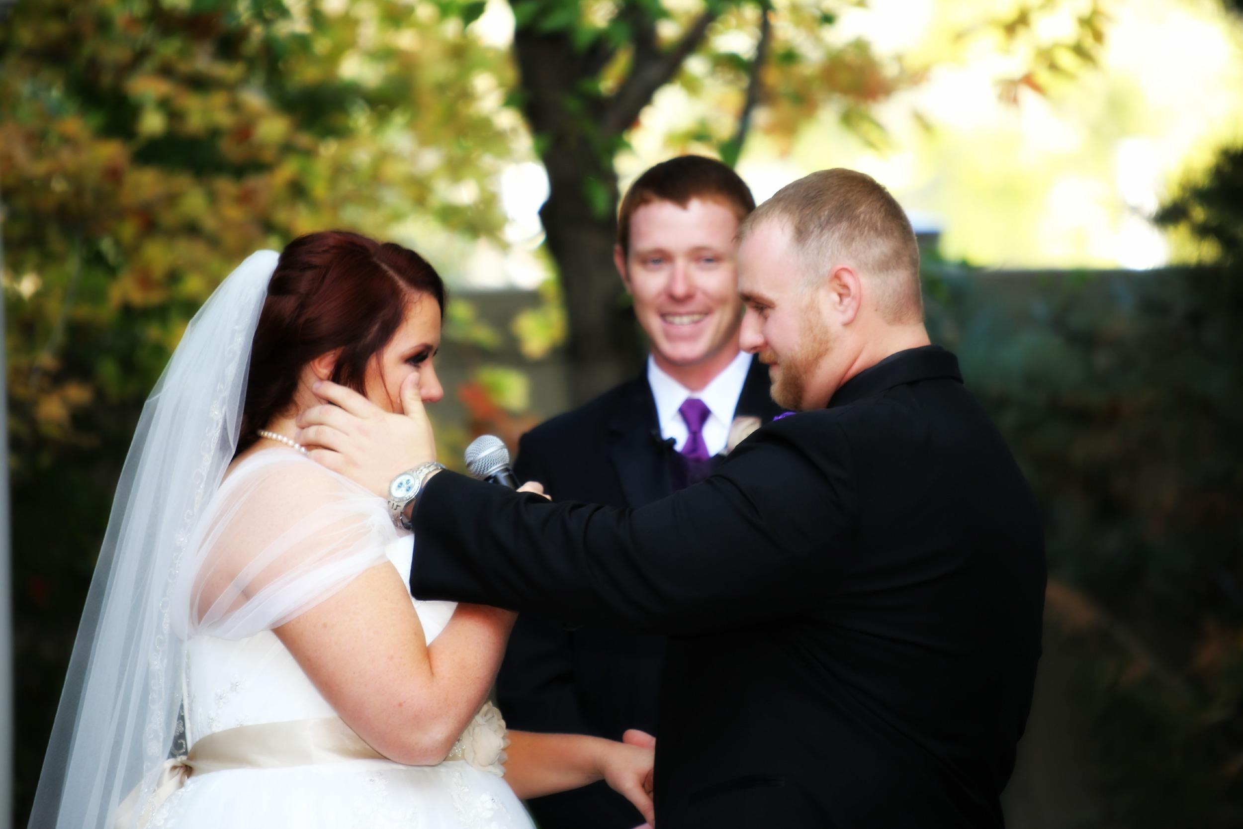 Bountiful outdoor wedding ceremony photography
