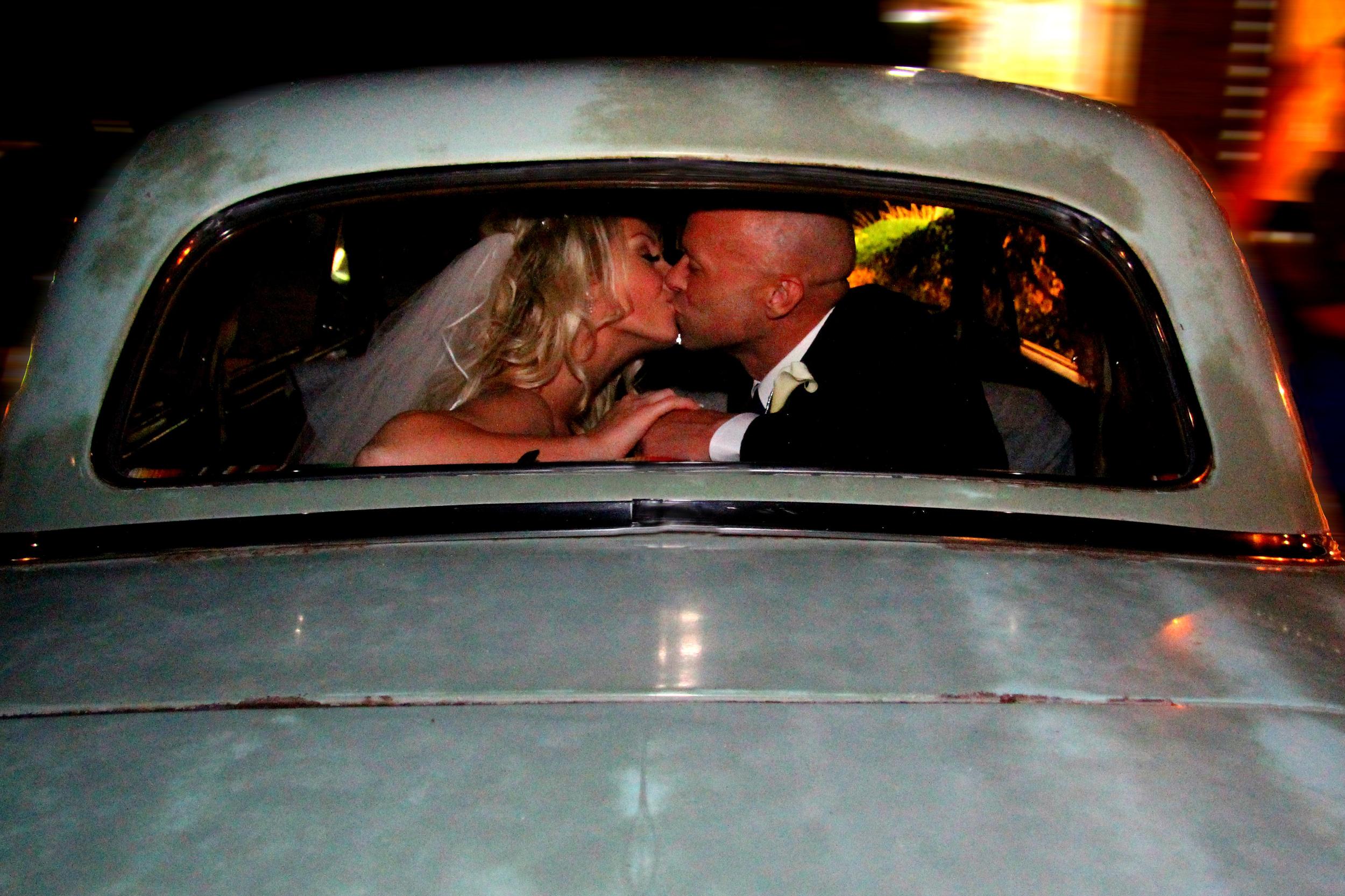 Davis County wedding photographer located in Bountiful Utah