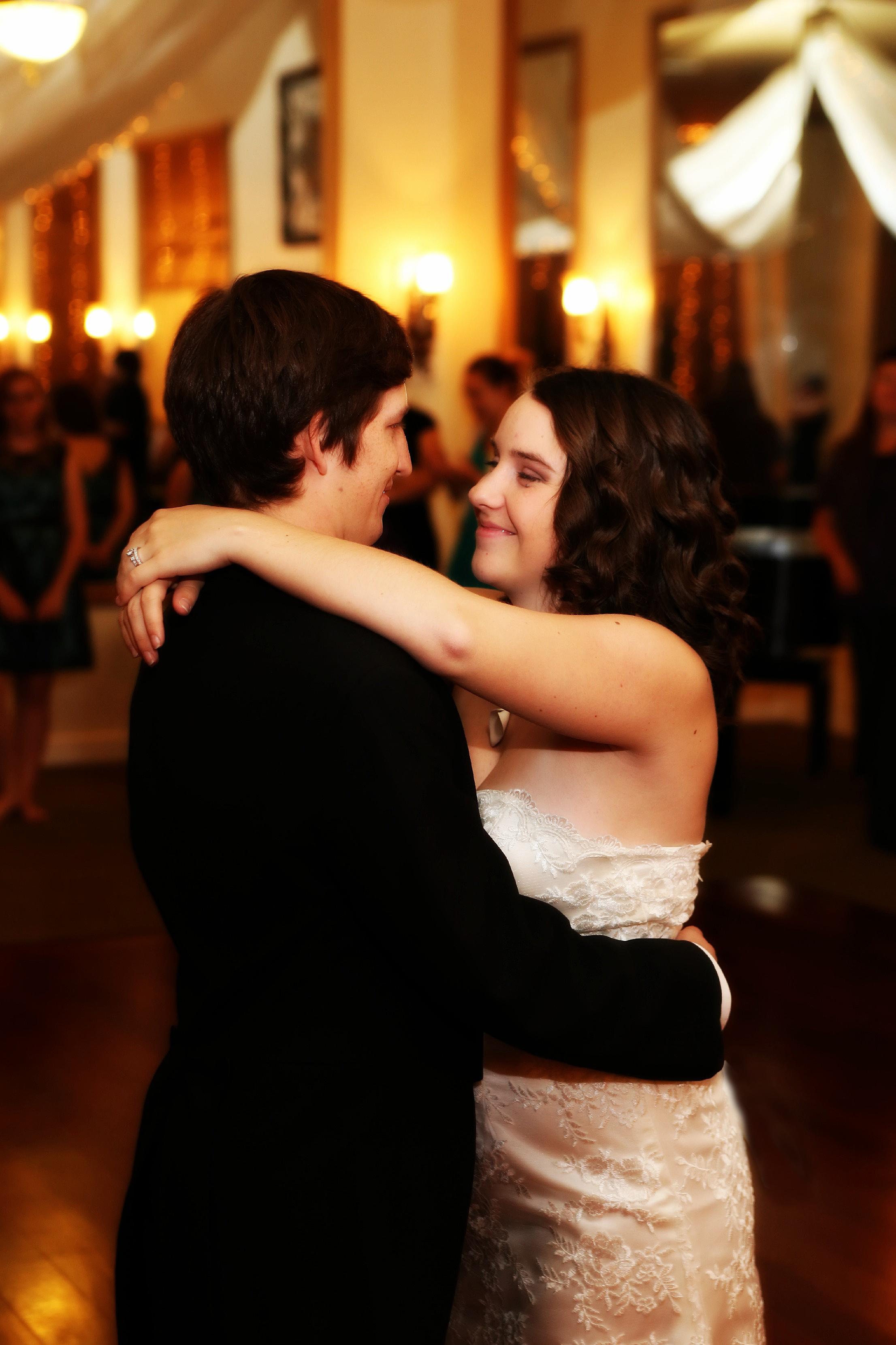 Bountiful candid wedding photography