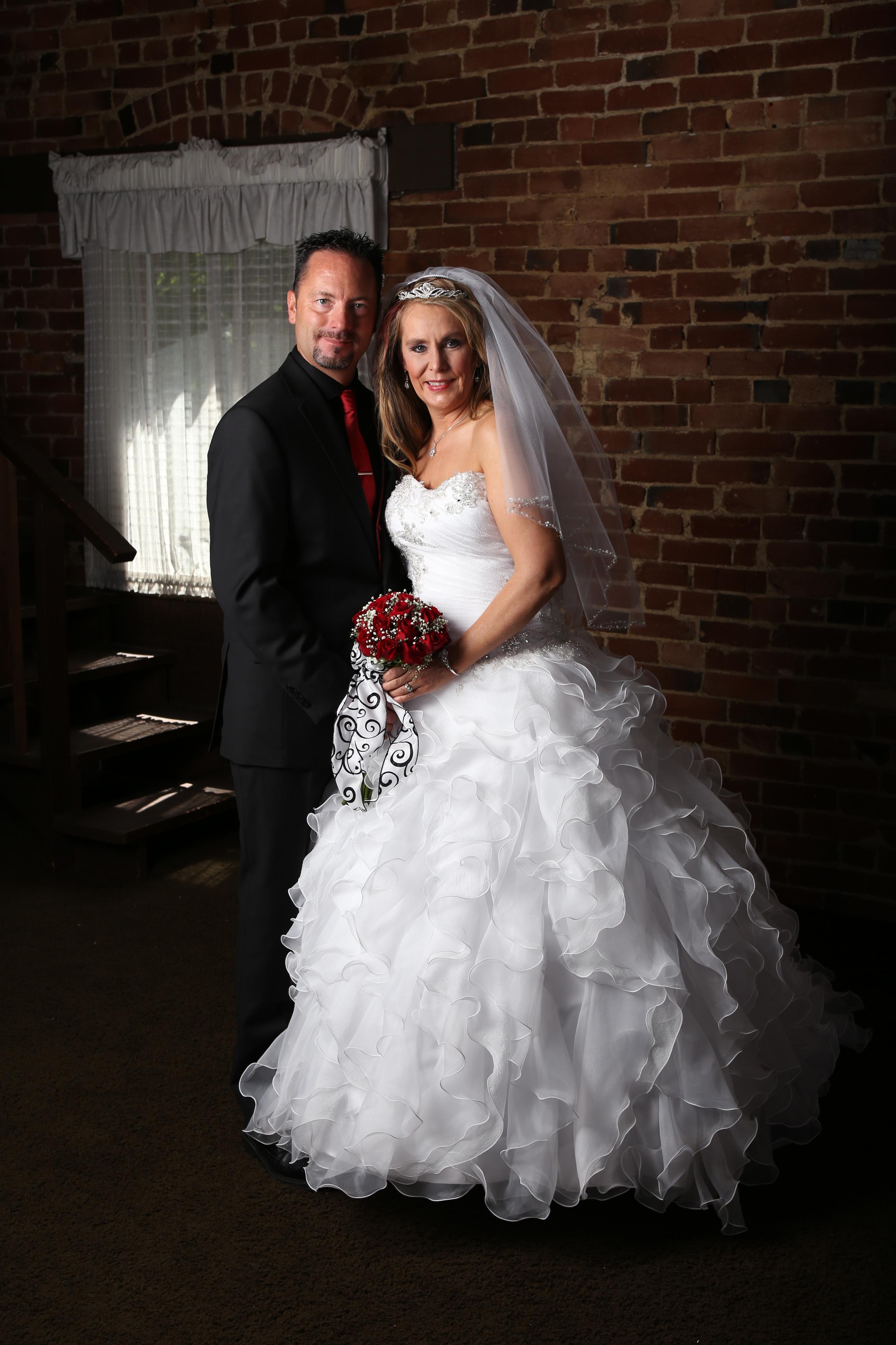 Bountiful wedding in the indoor/outdoor garden studio