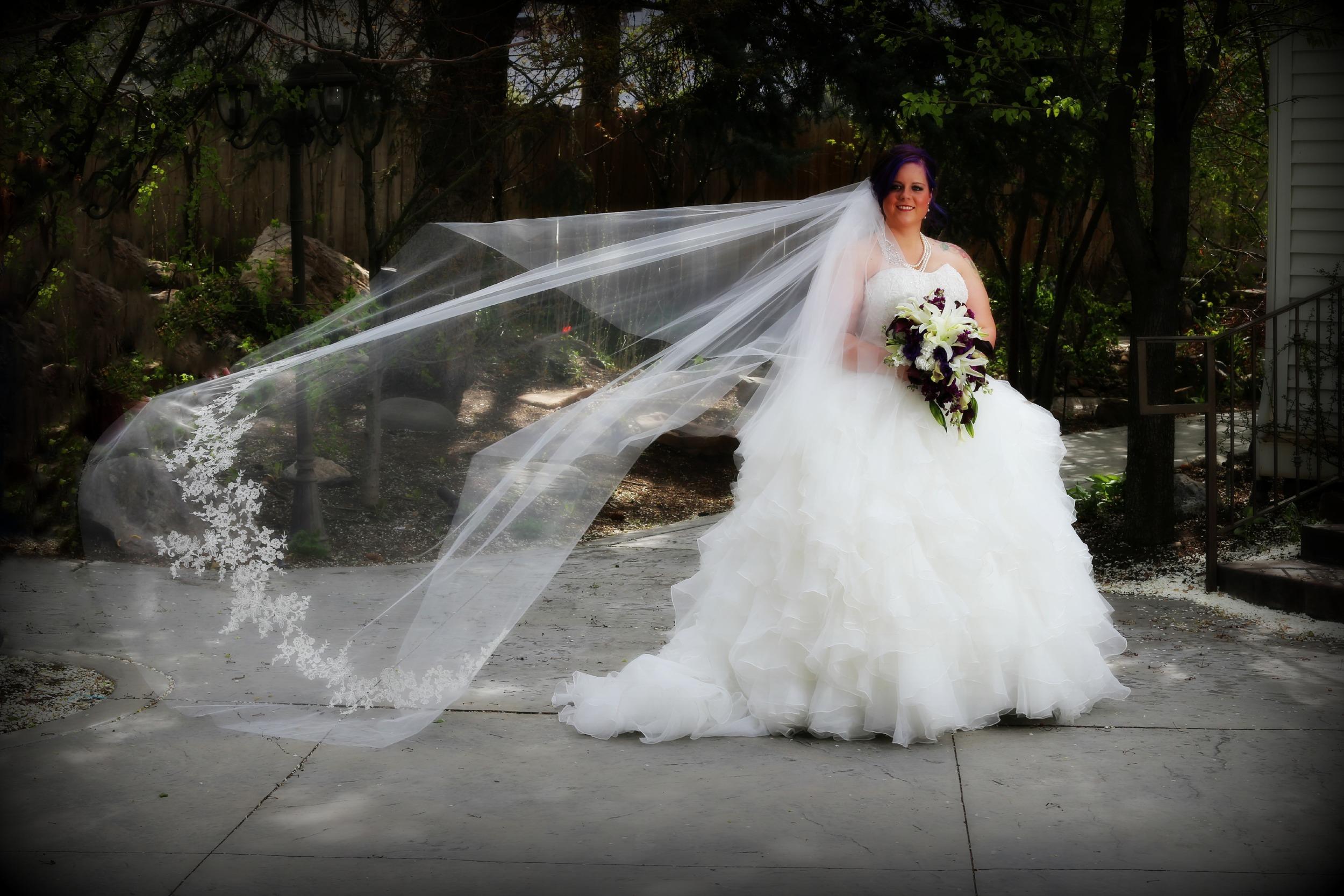 Bountiful Utah wedding photography at the garden studio