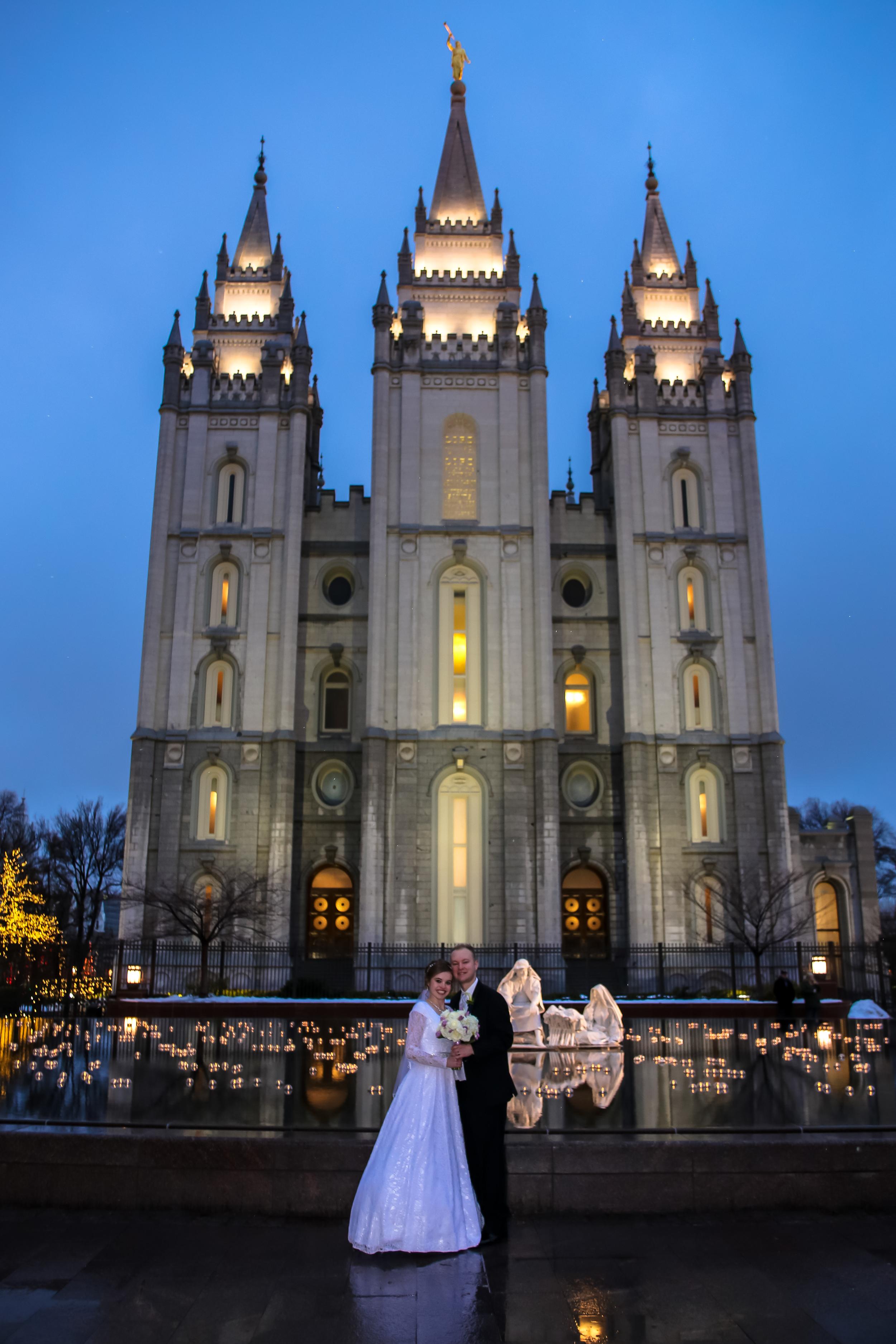 Bountiful wedding photographer, Salt Lake Temple