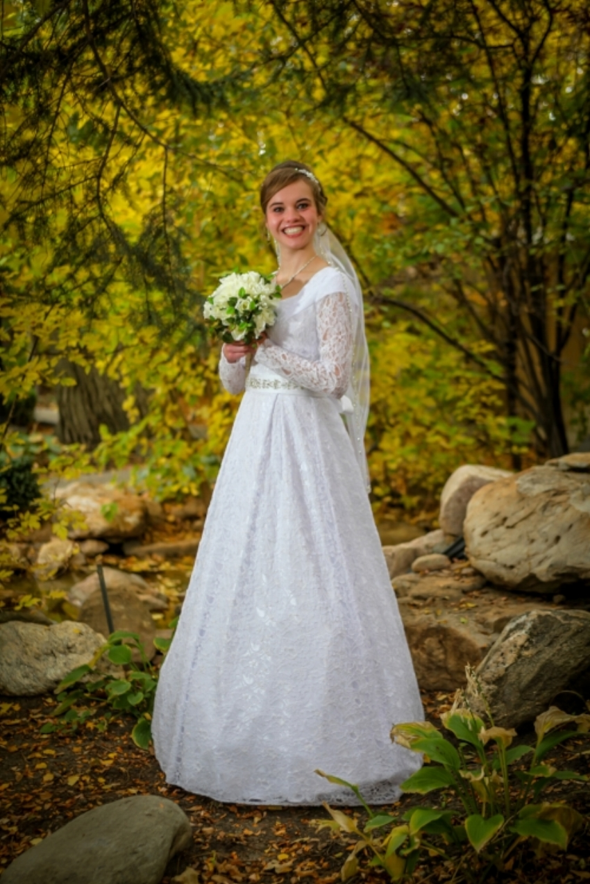 Bountiful wedding photographer located in Davis County