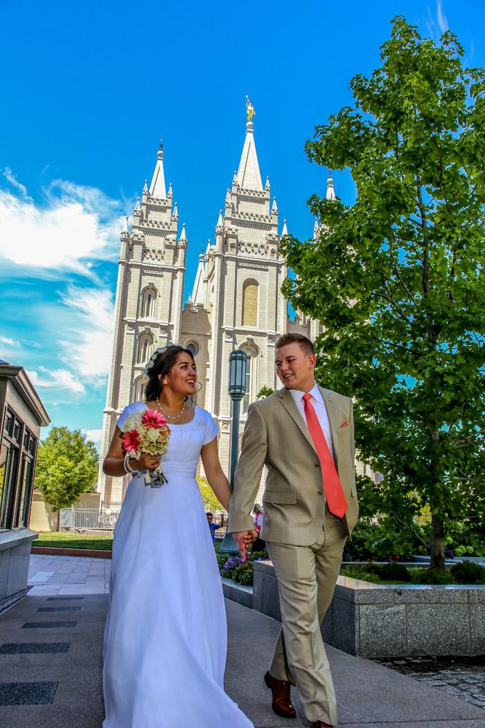 Bountiful wedding photographer located in Davis County Utah