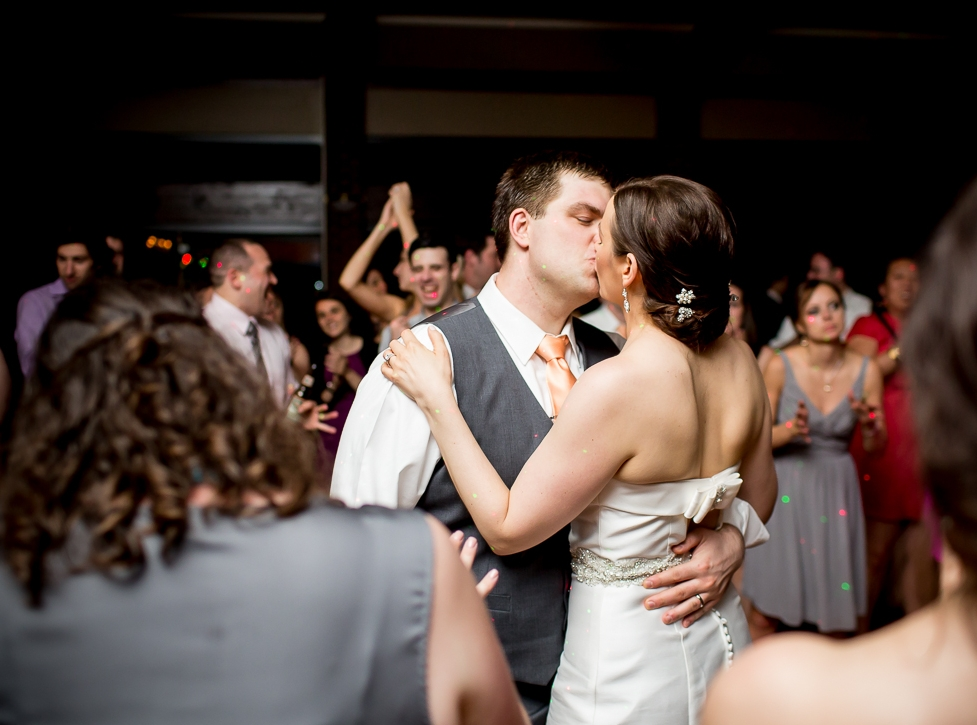 Feltham_3_kiss_dancefloor_Robb.jpg