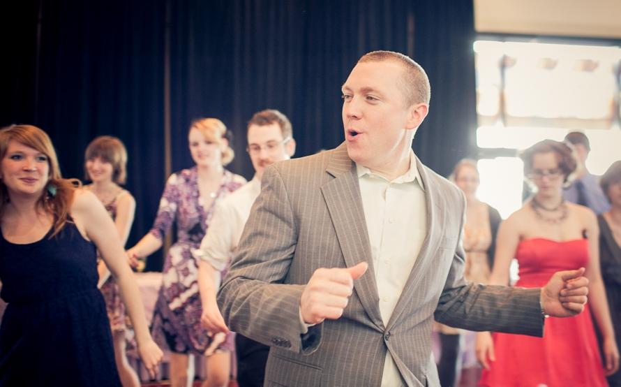 Chris_DJ_1_dancing_Neel_IG_Robb.jpg