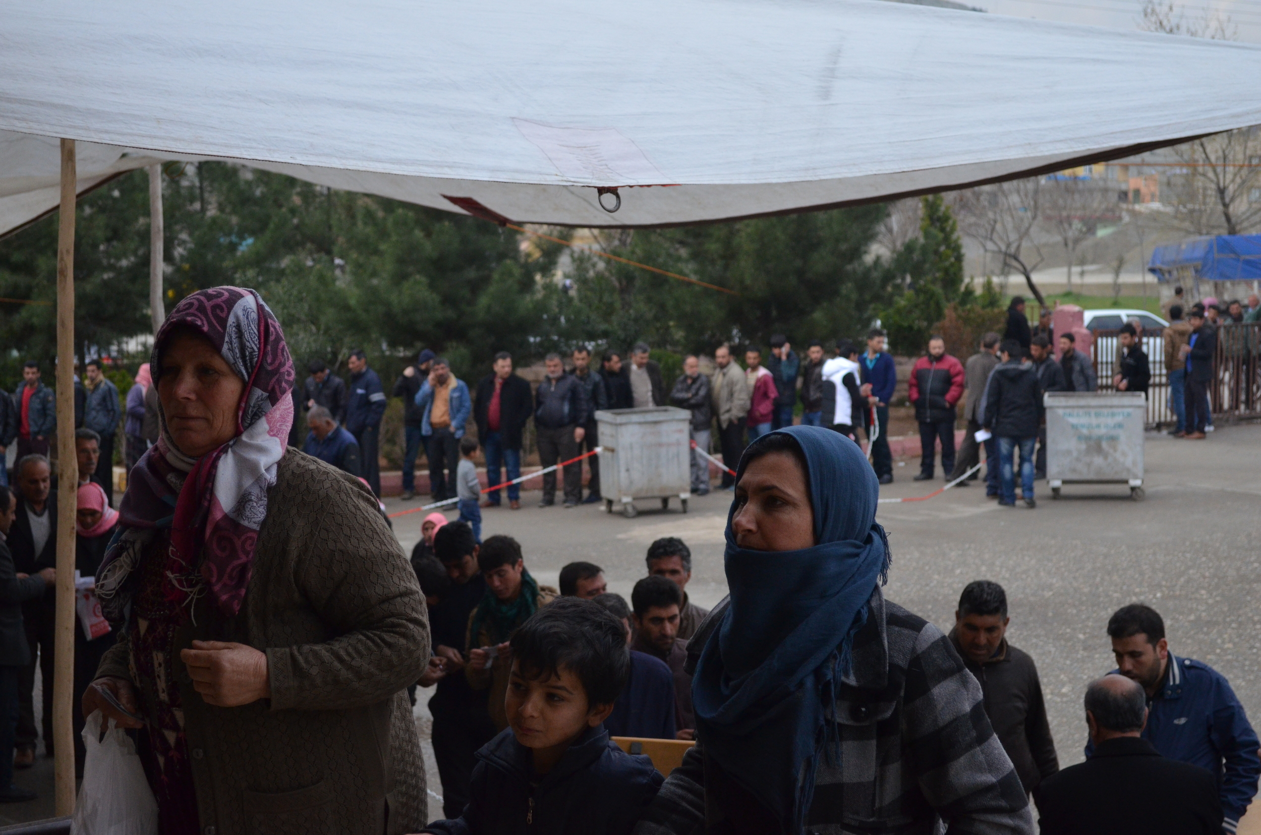 Syrian refugees must register with Turkish government. Once they have done so, they can also sign up for services from local non-governmental organizations.