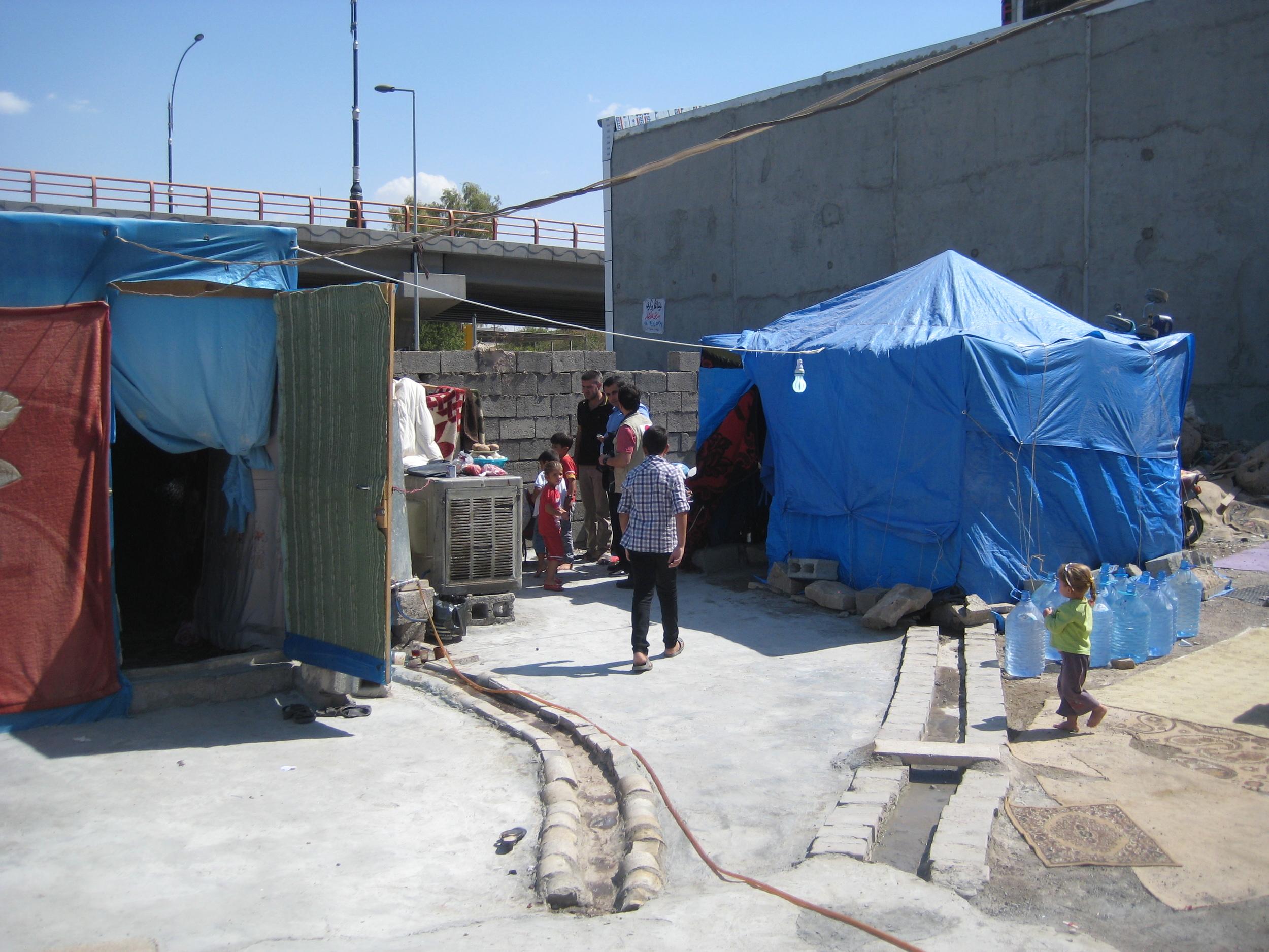 Syrain refugee family, lot 3.JPG