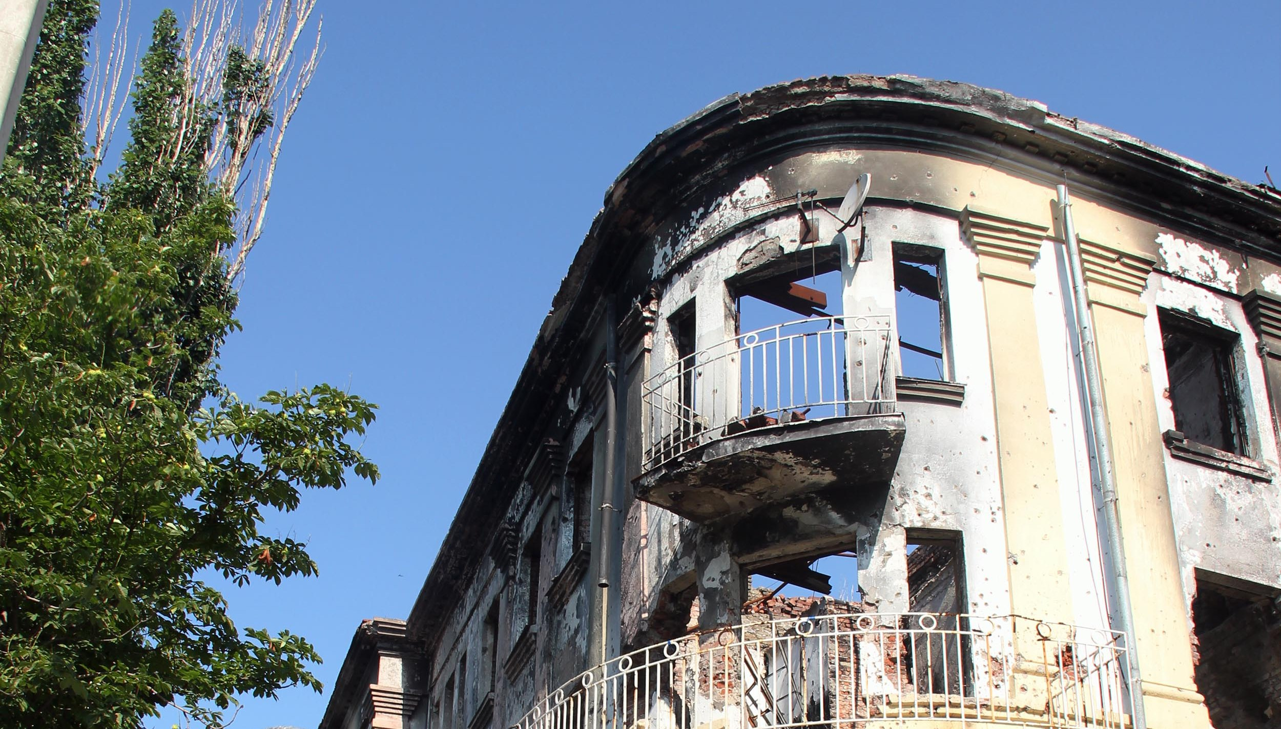The police station in Mariupol was destroyed by shelling from the rebels when they attempted to take over the city in June. Photo: UNHCR