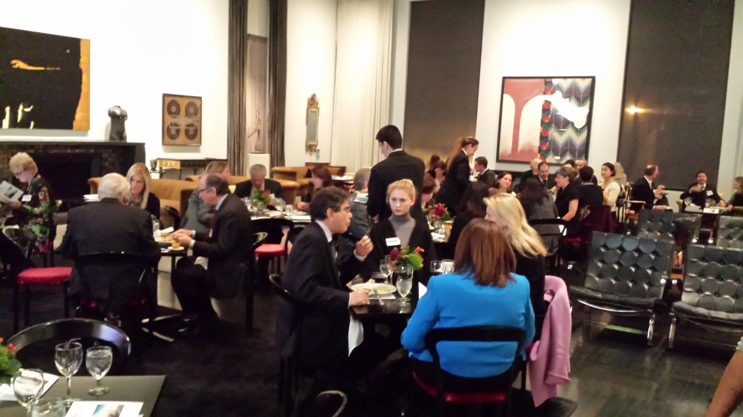 The Arts Club of Chicago provided a stunning atmosphere for the evening.