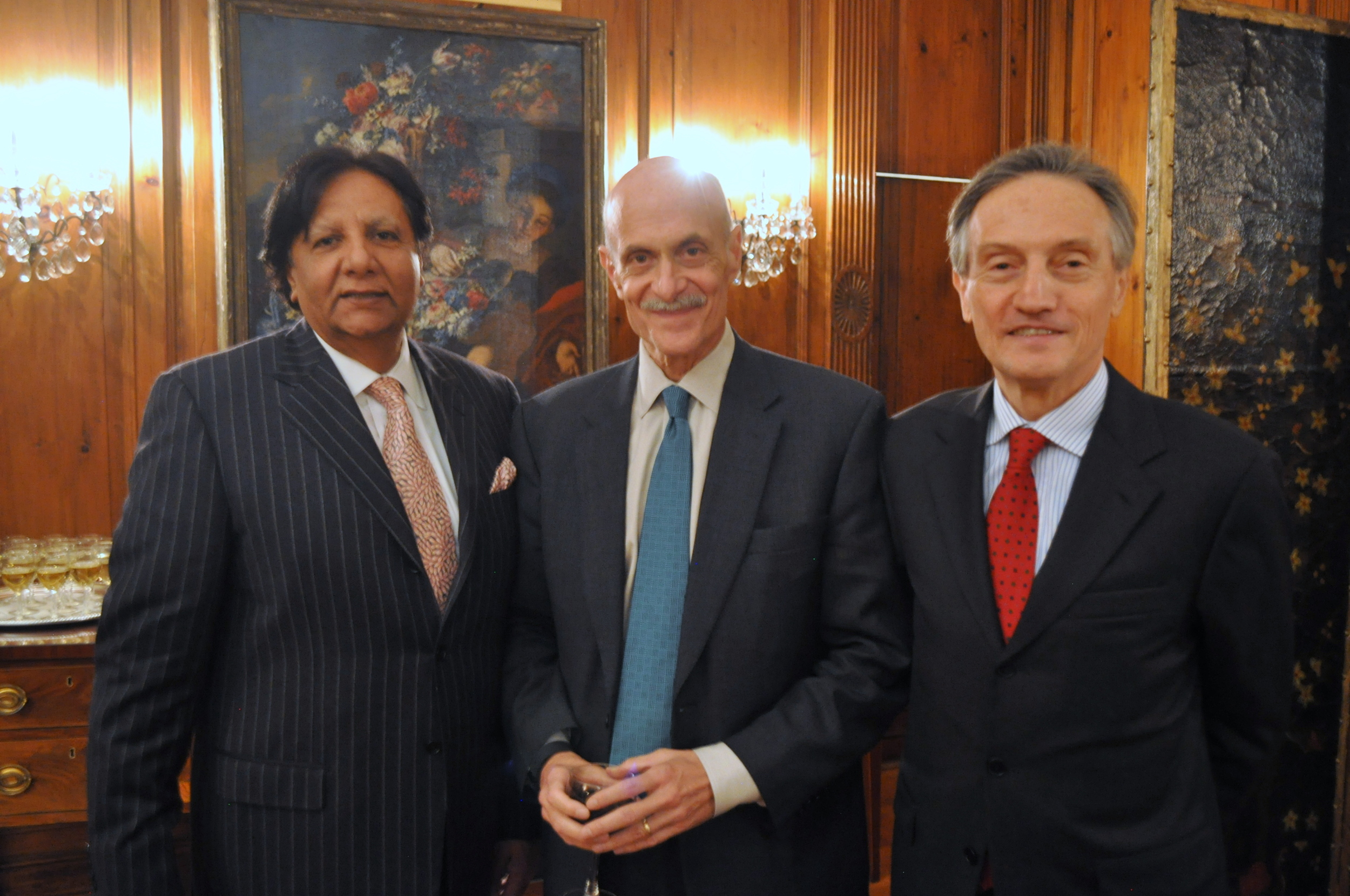 Ambassador-at-large of Pakistan Rafat Mahmood, former Secretary of Homeland Security Michael Chertoff, and Ambassador Italy Claudio Bisogniero.