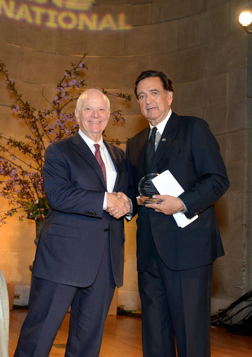 Congressional Award honoree Senator Ben Cardin and RI Board Member Gov. Bill Richardson.