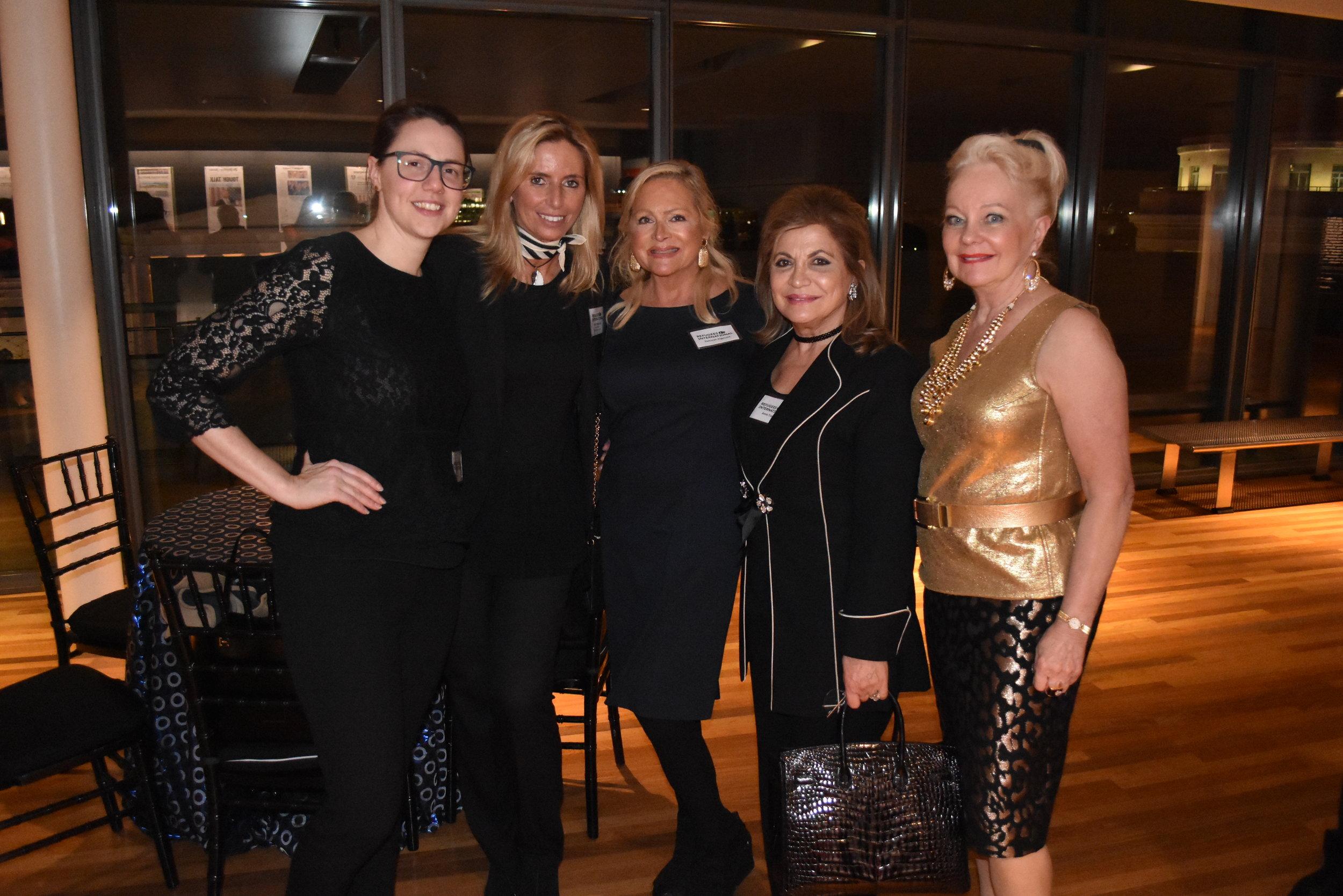 Courtney Allen, Benefit Chair Maria Trabocchi, Deborah Sigmund, Annie Totah, and Carole Randolph